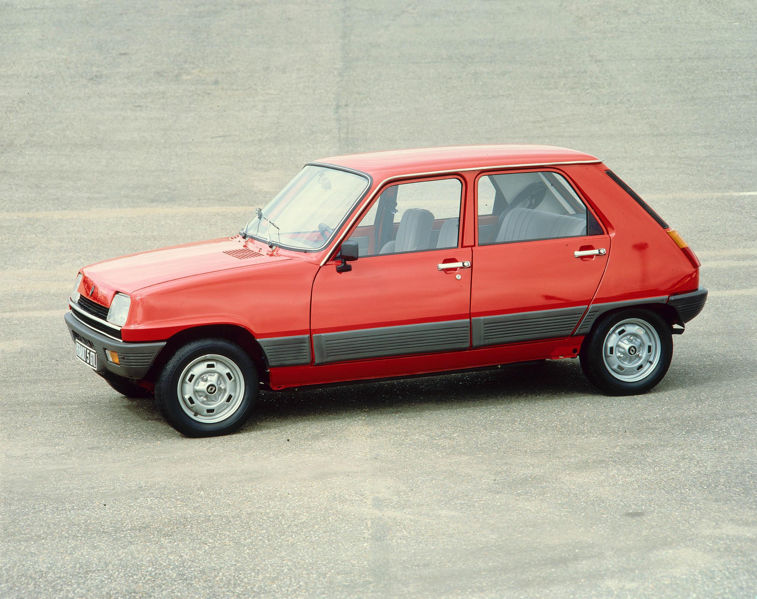 Renault 5 photo #2