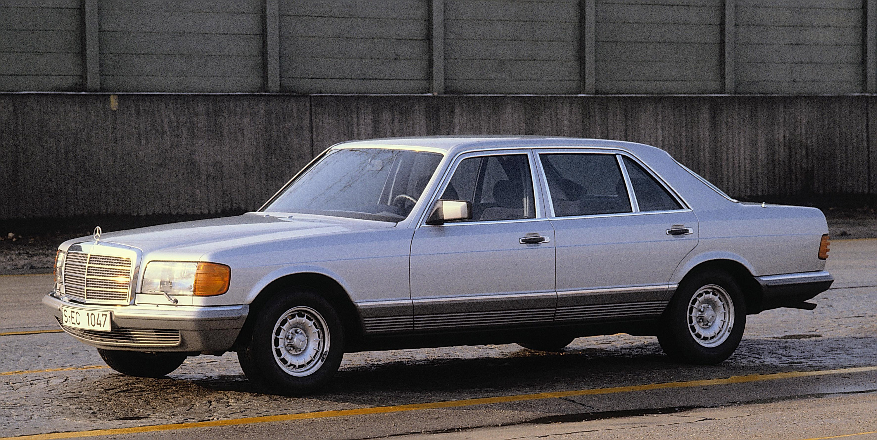 The w126 sel longbody history picture thread page 5 for Mercedes benz history