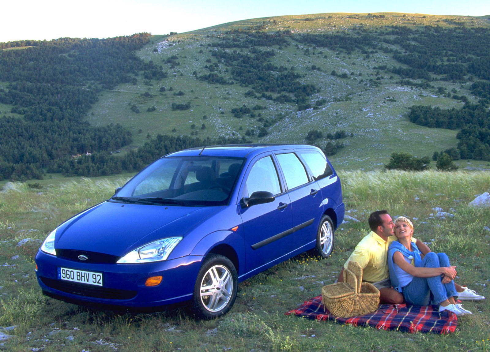 1998 ford focus estate hd pictures. Black Bedroom Furniture Sets. Home Design Ideas