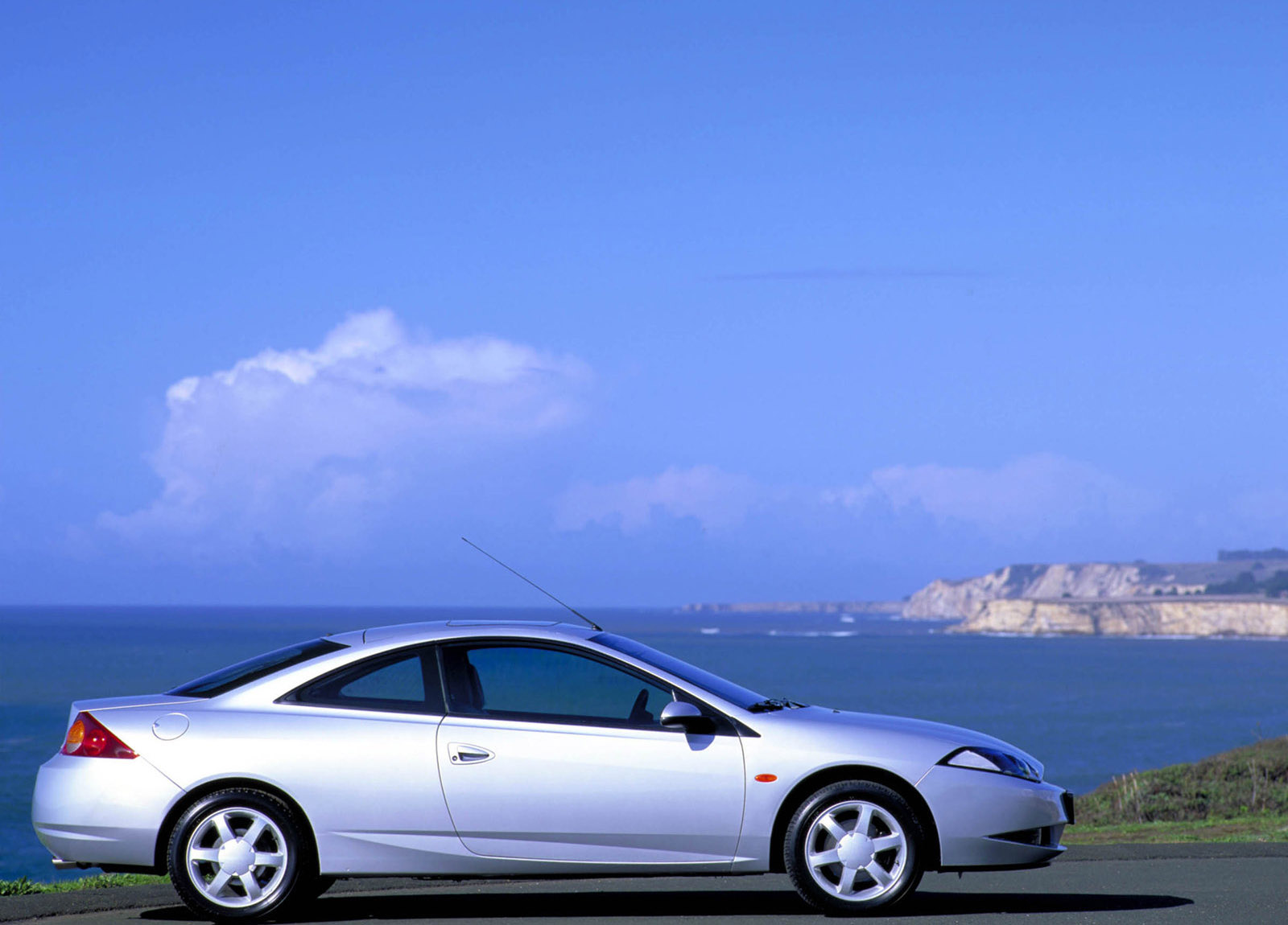 2000 Ford Cougar Hd Pictures Carsinvasion Com