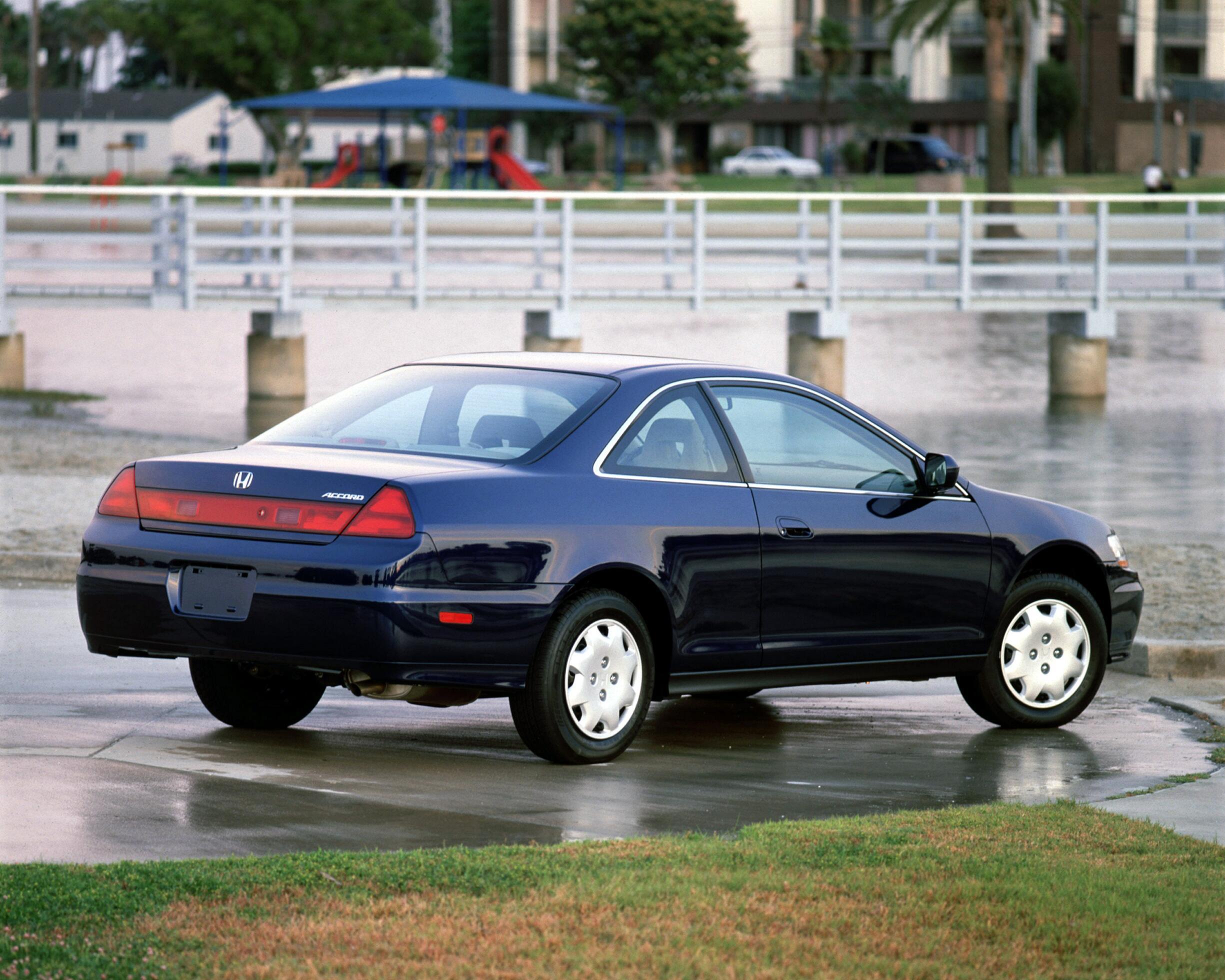 2001 honda accord coupe hd pictures carsinvasion com carsinvasion