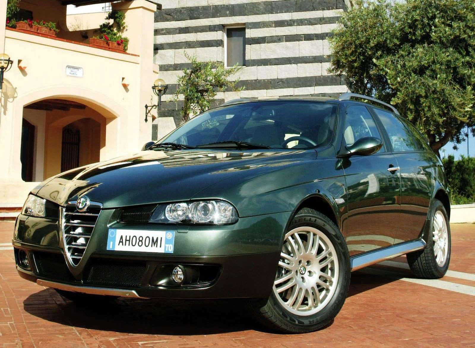 Alfa Romeo Crosswagon Q4 photo #1