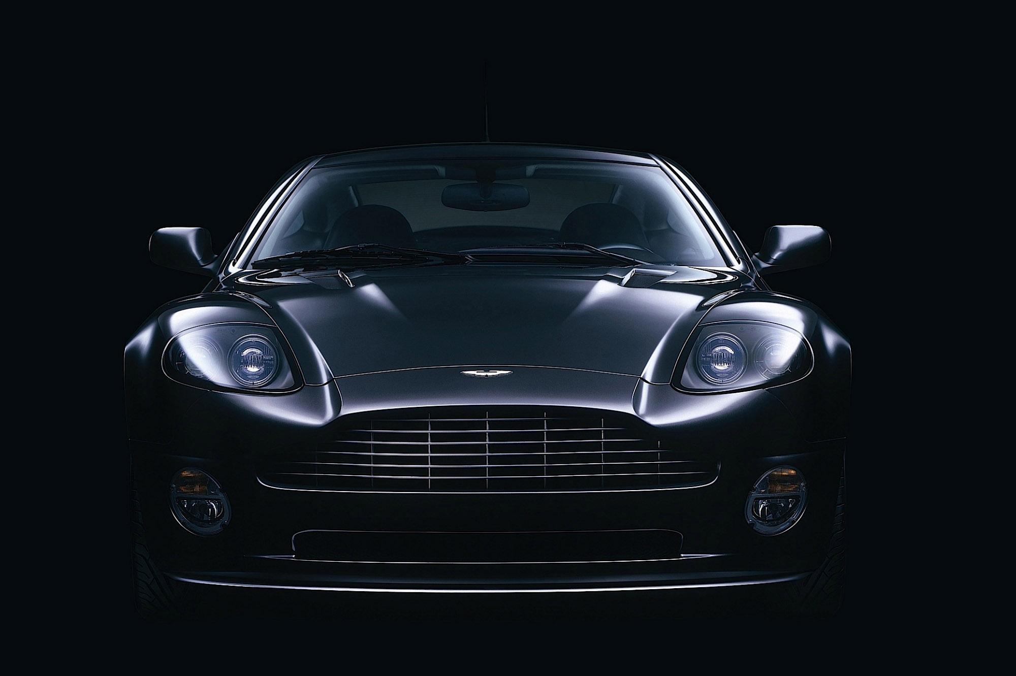 Aston Martin Vanquish S V12 photo #1