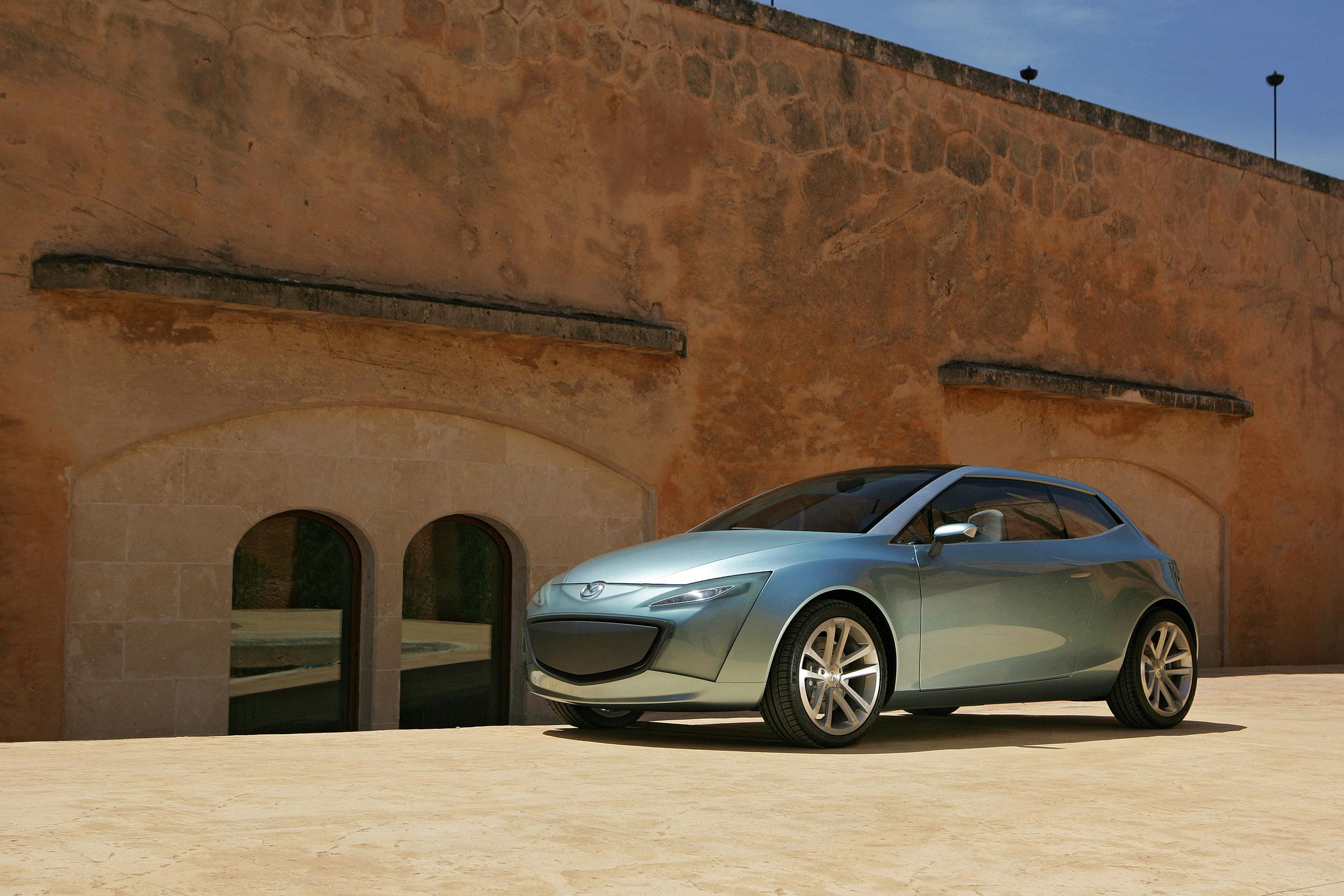 https://www.carsinvasion.com/gallery/2005-mazda-sassou-concept/2005-mazda-sassou-concept-10.jpg