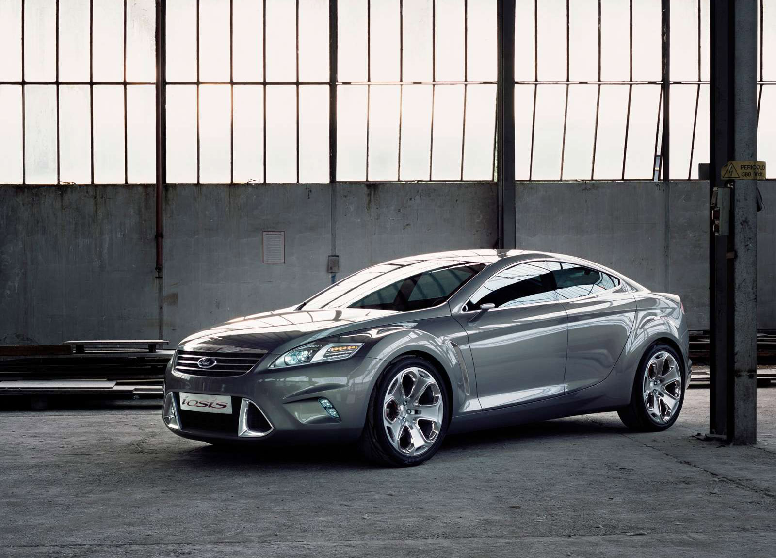 Ford iosis Concept photo #1