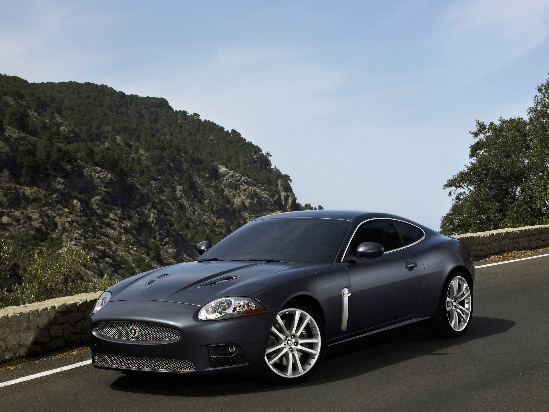 Jaguar XKR photo #2