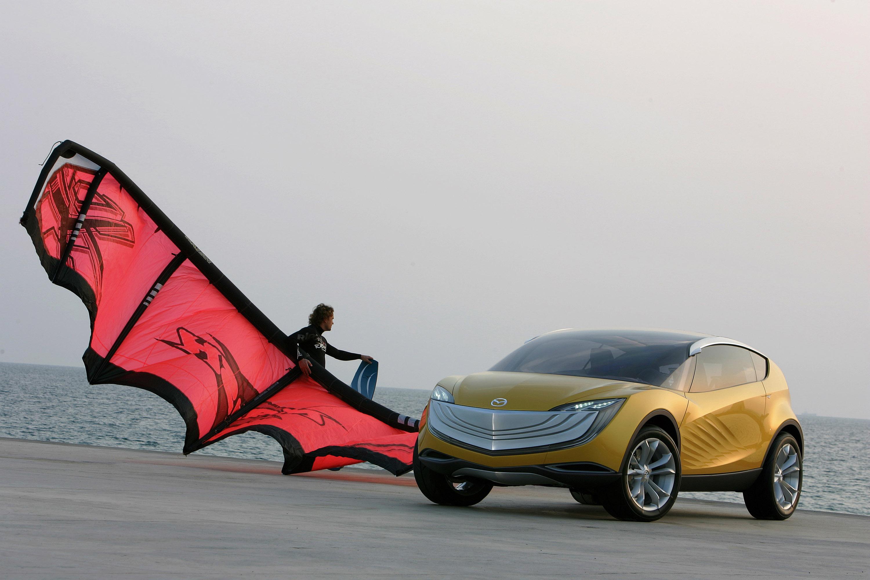 https://www.carsinvasion.com/gallery/2007-mazda-hakaze-concept/2007-mazda-hakaze-concept-13.jpg