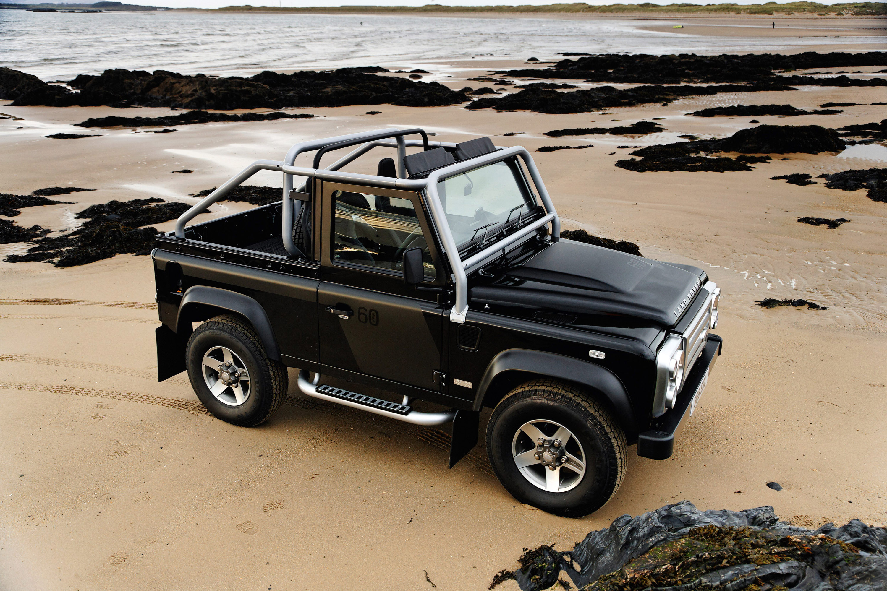 2008 land rover defender svx hd pictures. Black Bedroom Furniture Sets. Home Design Ideas