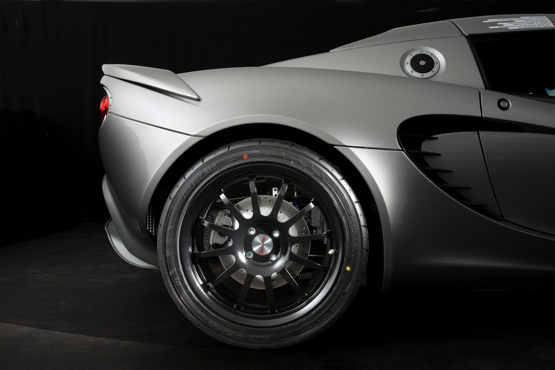 https://www.carsinvasion.com/gallery/2008-lotus-eco-elise/2008-lotus-eco-elise-03.jpg