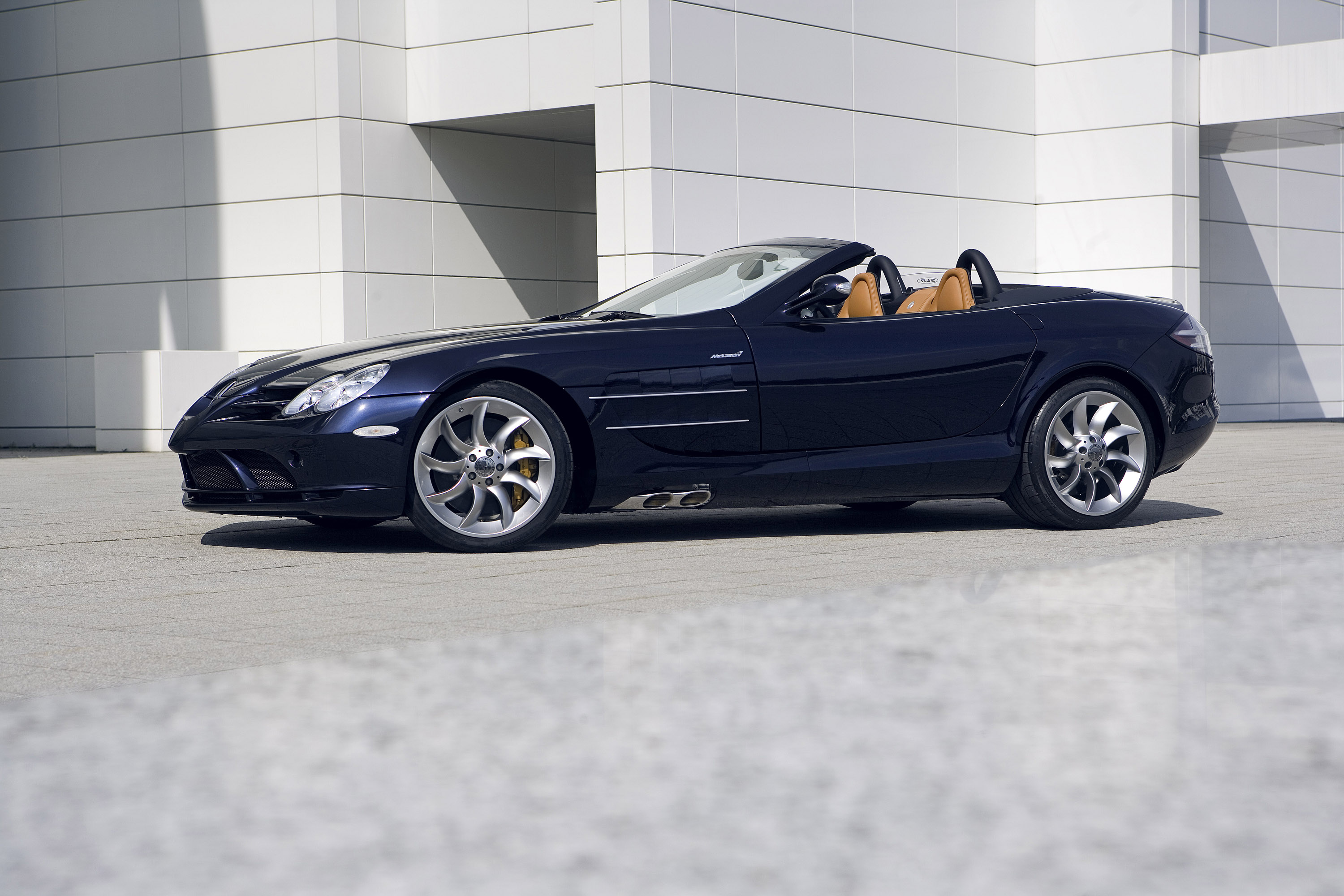 Mercedes-Benz SLR McLaren Roadster photo #1