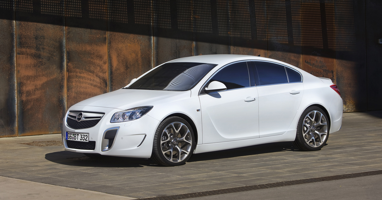 Opel Insignia OPC photo #1