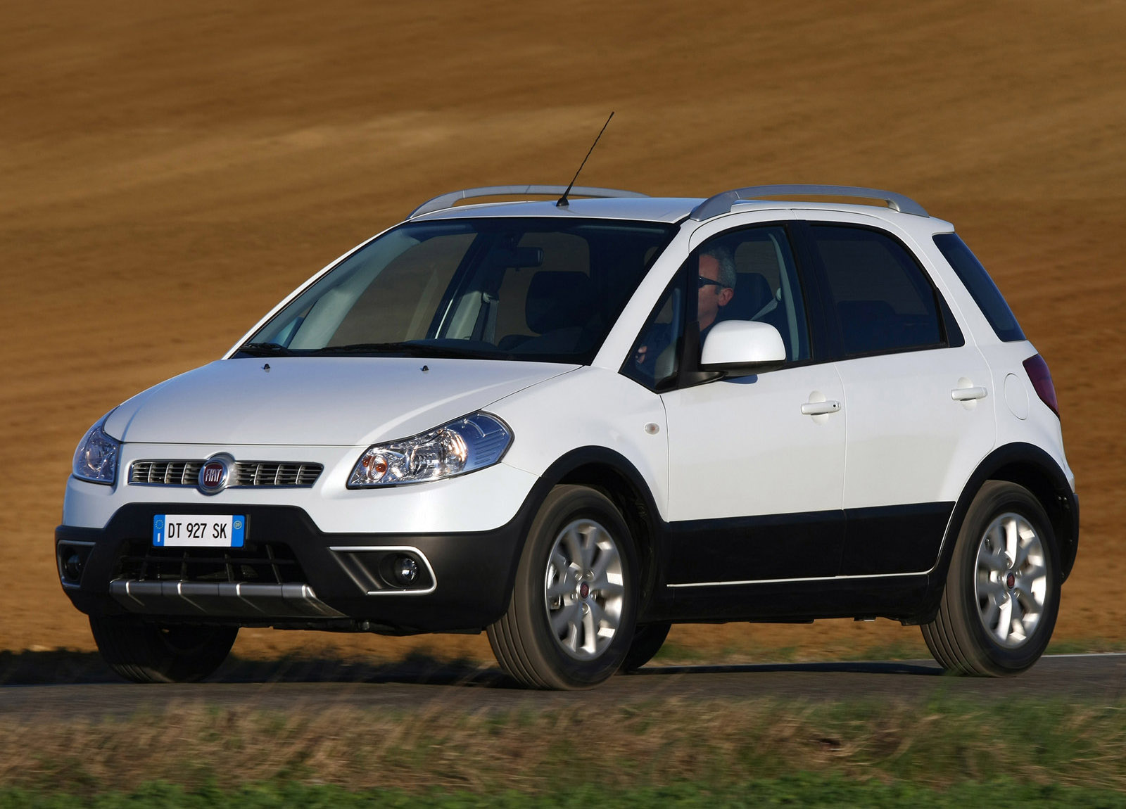 2010 Fiat Sedici Hd Pictures Carsinvasion Com