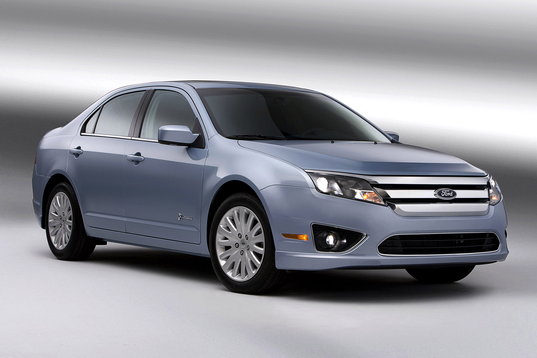 Ford Fusion Hybrid photo #1