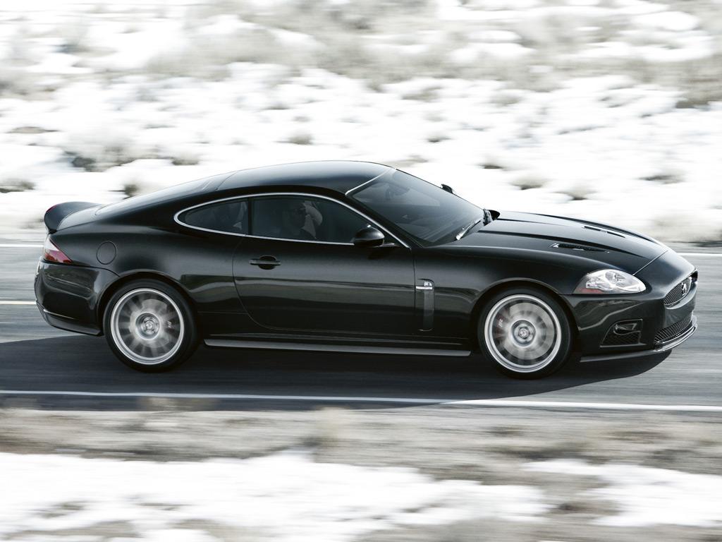 Jaguar XKR-S photo #2