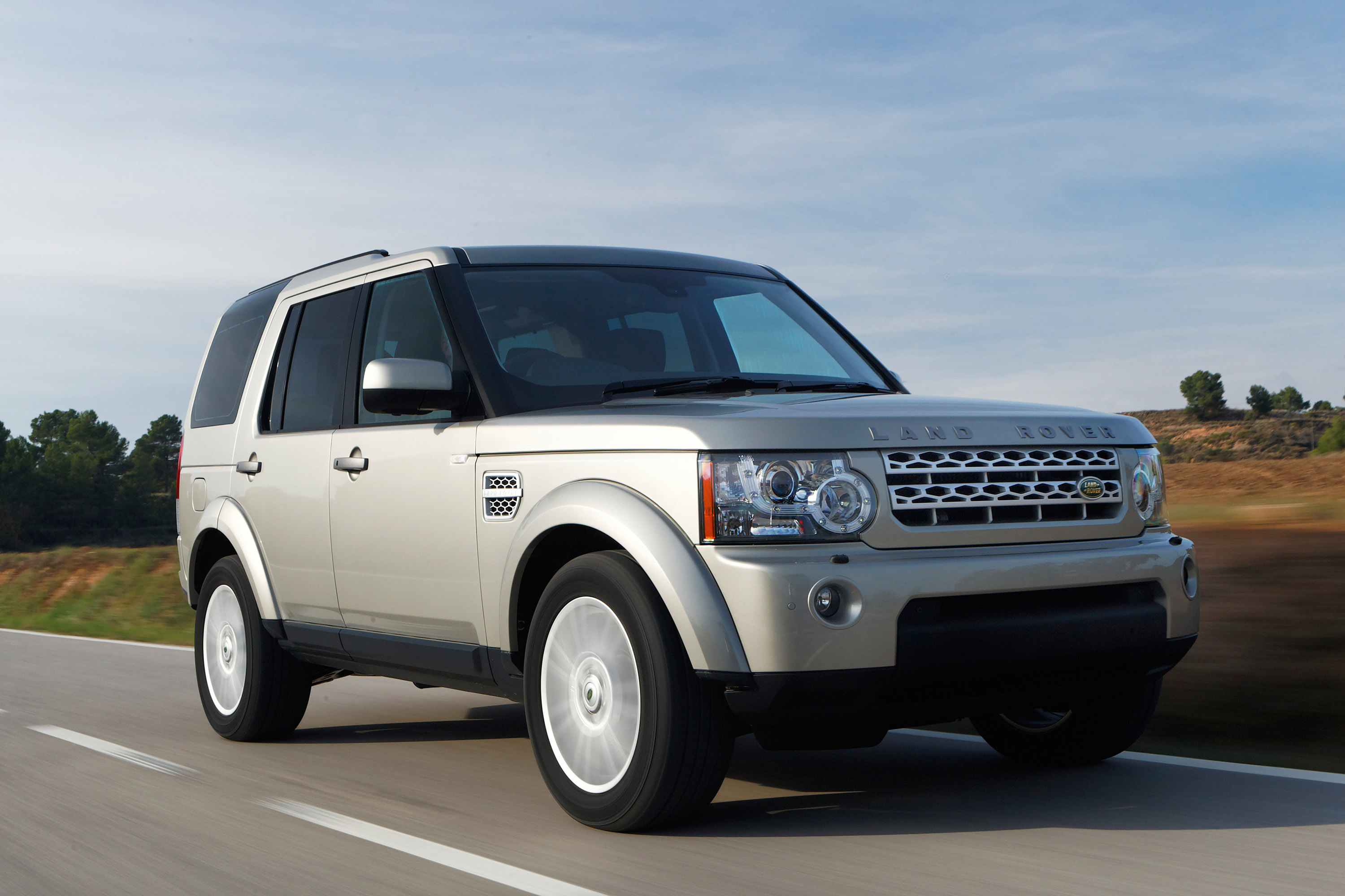 2010 Land Rover Discovery 4 Hd Pictures Carsinvasion Com