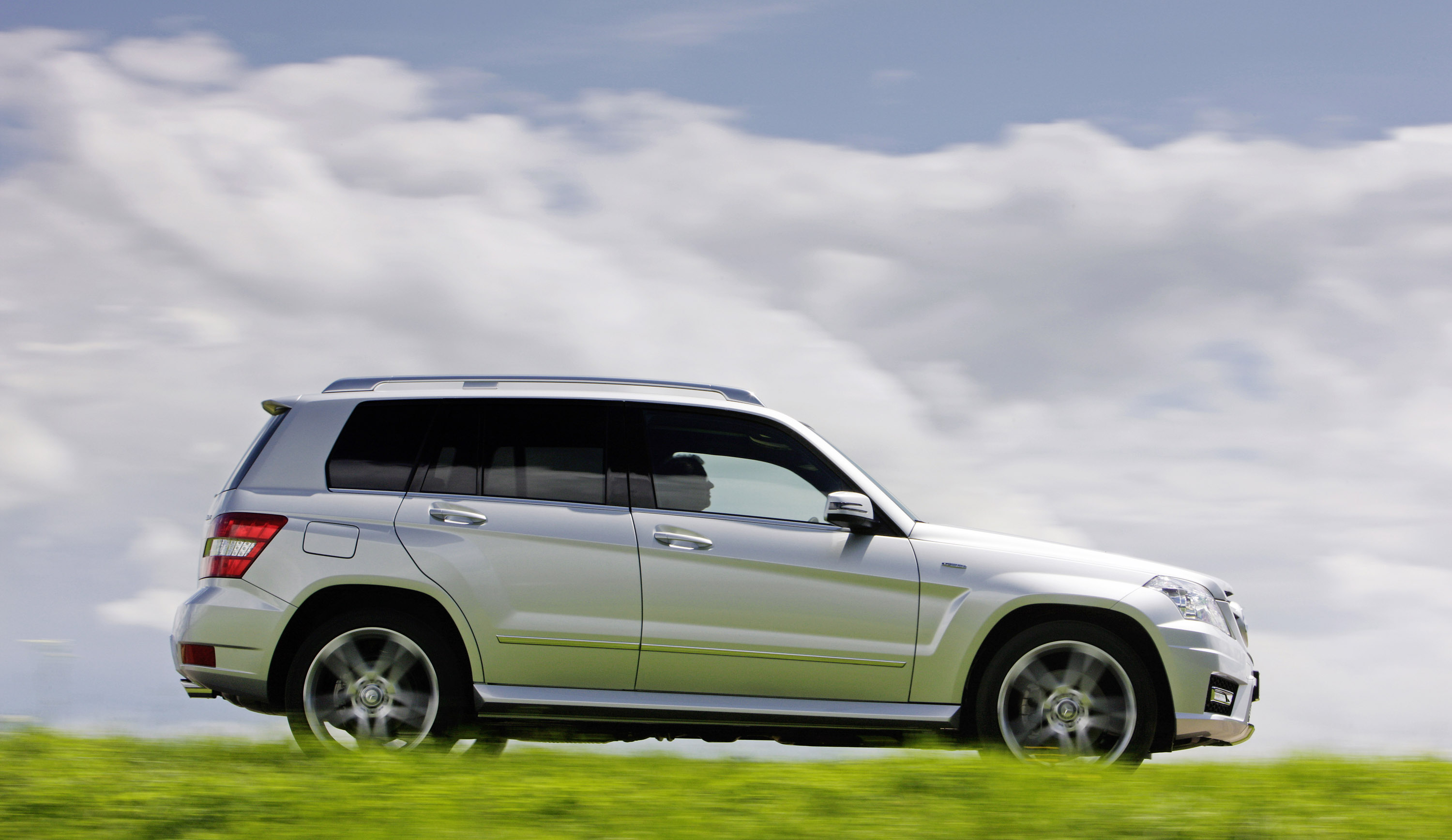 2010 mercedes benz glk class hd pictures. Black Bedroom Furniture Sets. Home Design Ideas