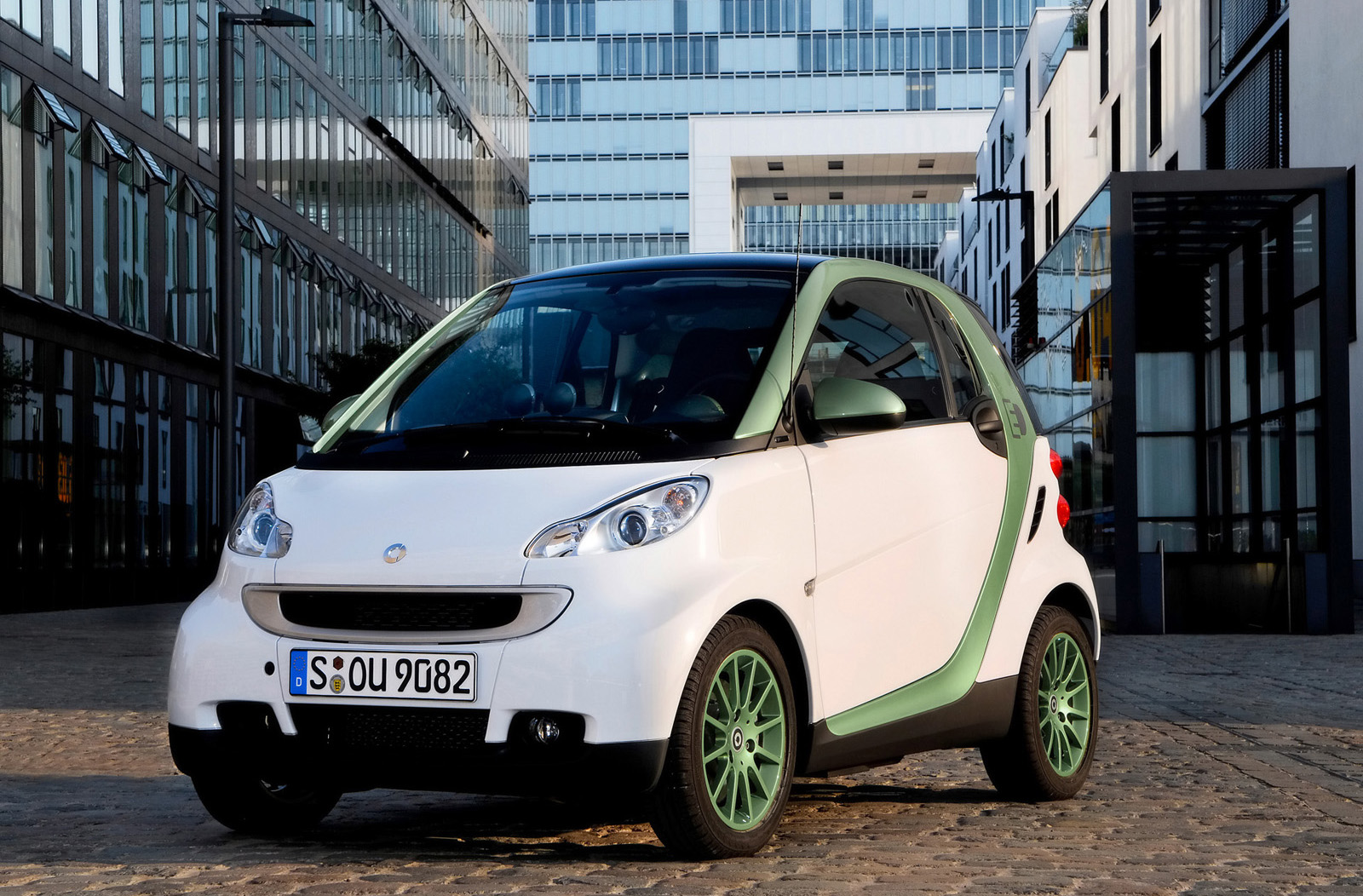 Smart ForTwo Electric Drive photo #1