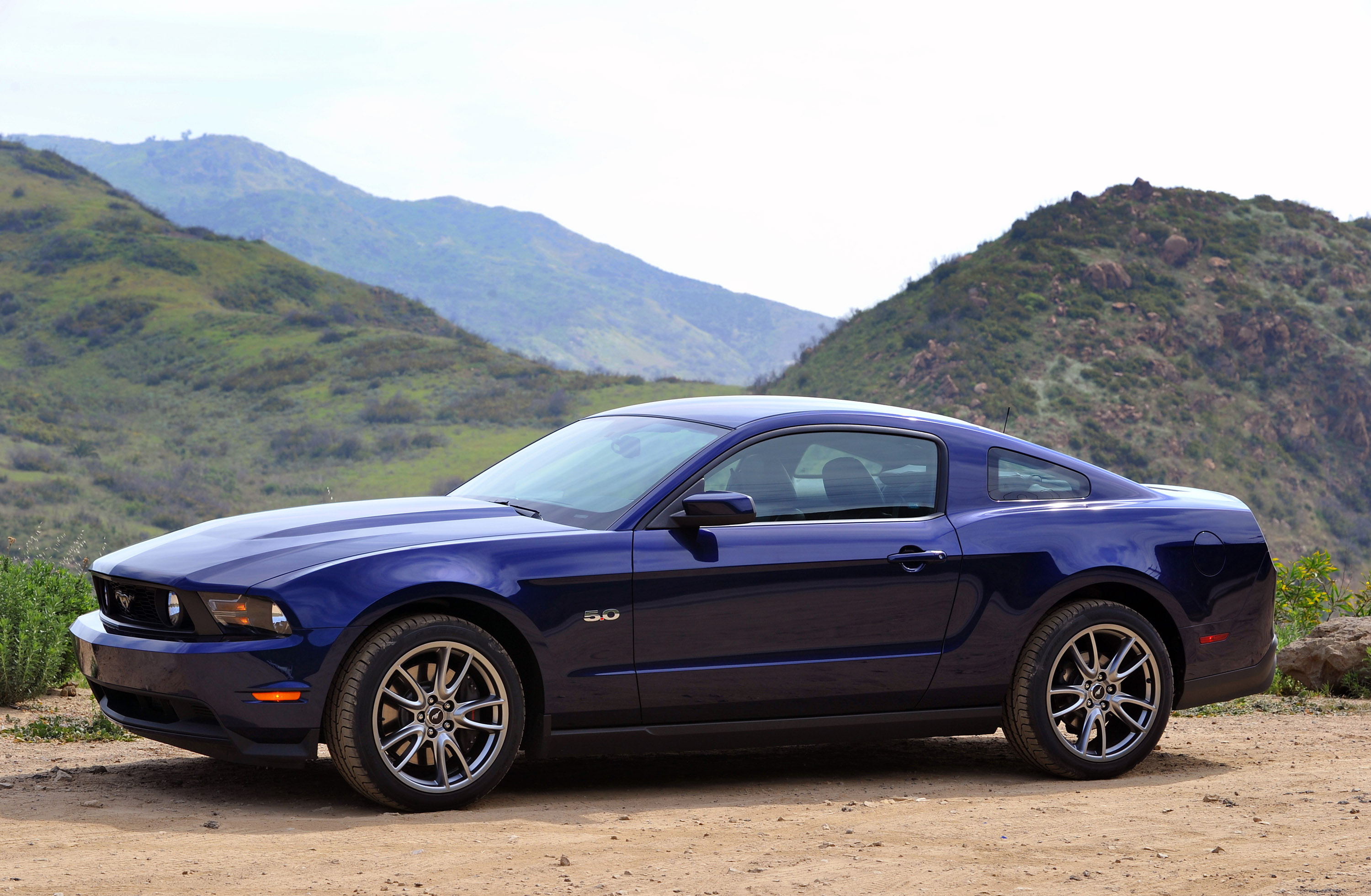 2011 ford mustang gt hd pictures. Black Bedroom Furniture Sets. Home Design Ideas