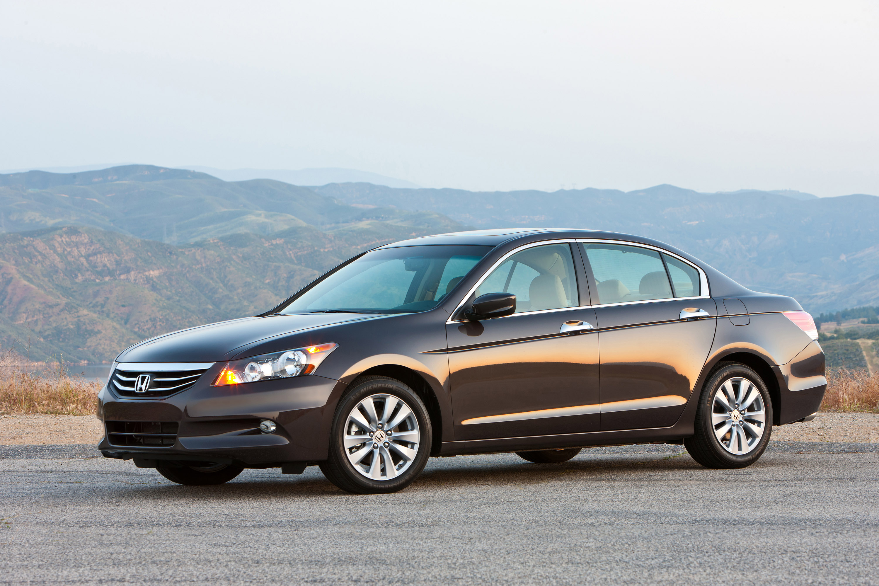2011 Honda Accord Hd Pictures Carsinvasion Com