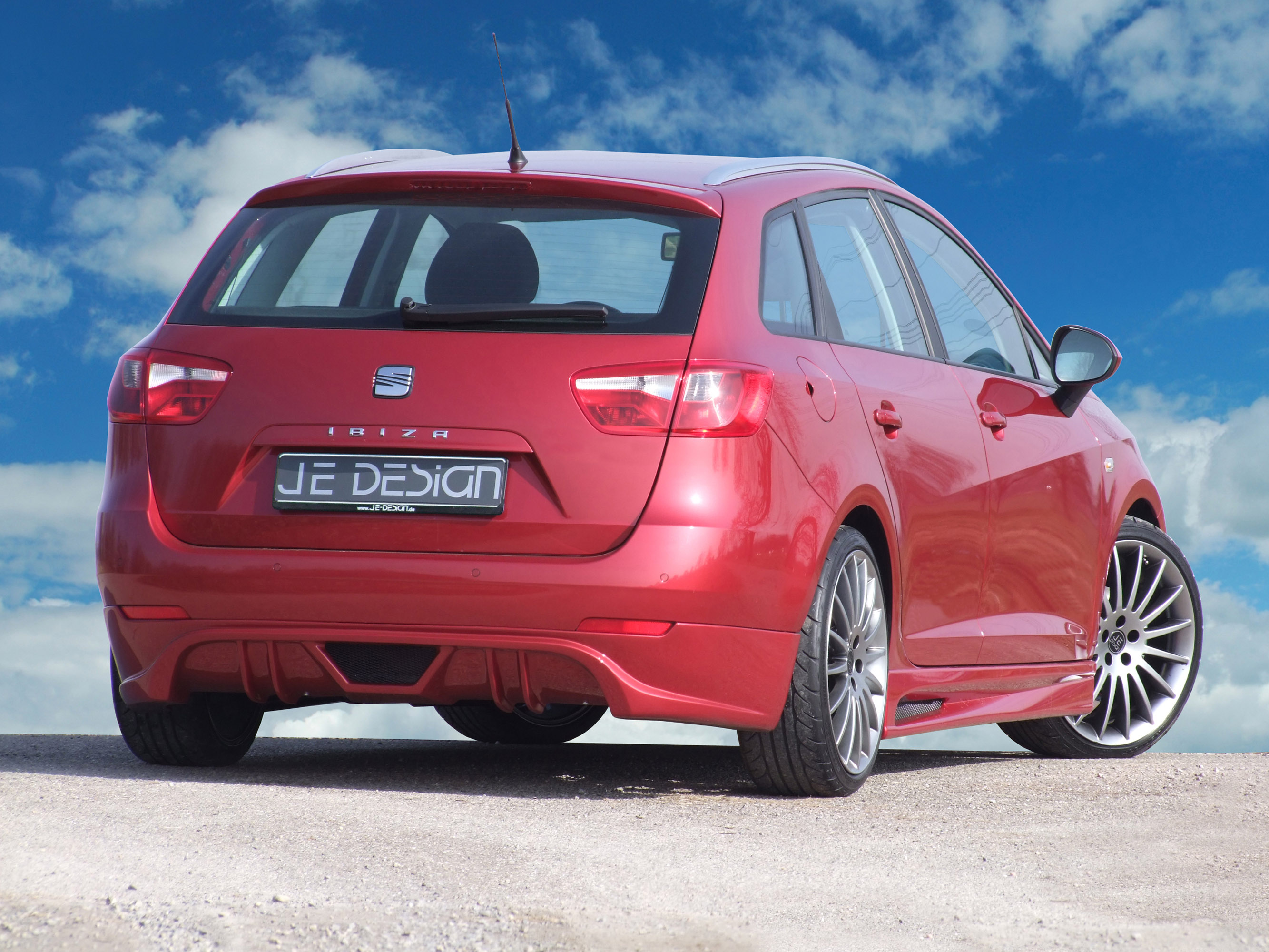 JE DESIGN Seat Ibiza Estate ST photo #2