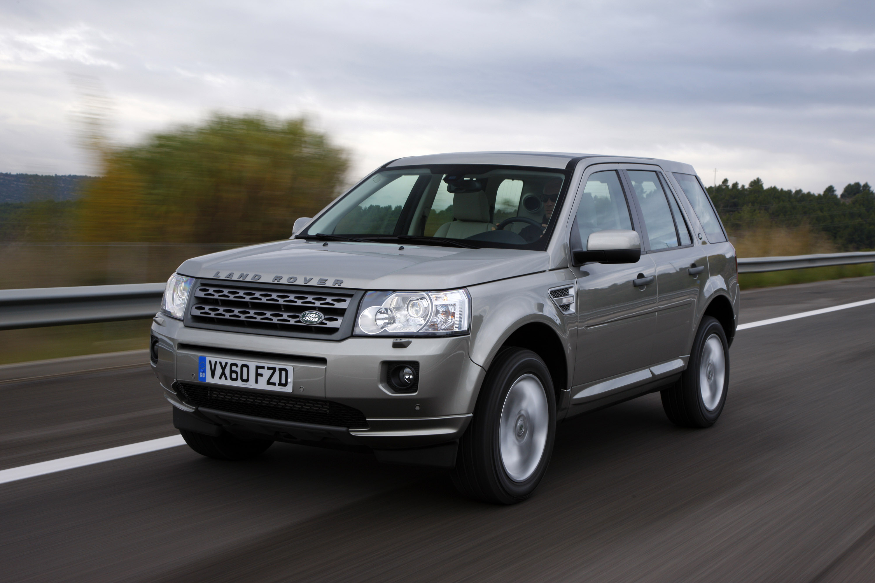 Land Rover Freelander 2 photo #1