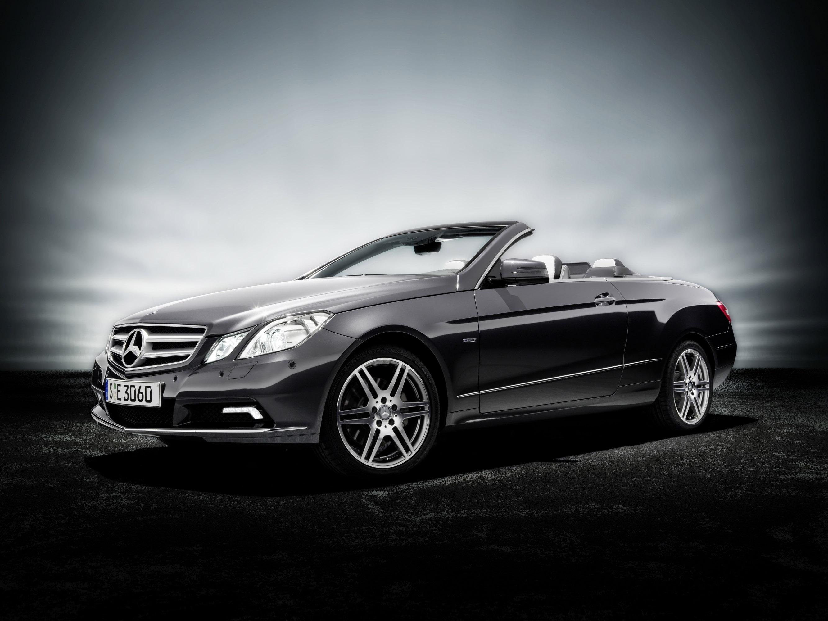 Mercedes-Benz E-Class Cabriolet photo #1