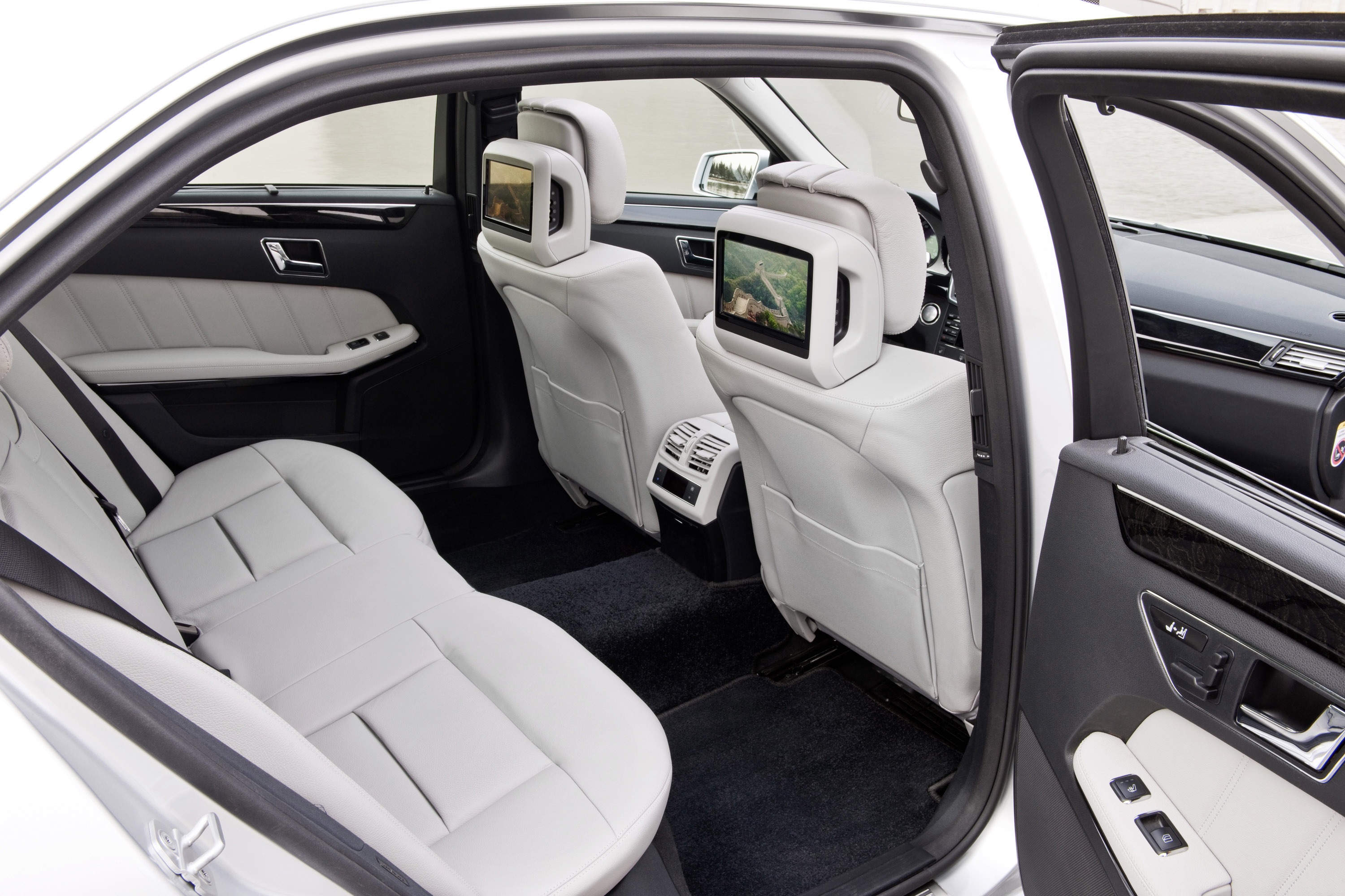 top review benz e mercedes speed ngt cars