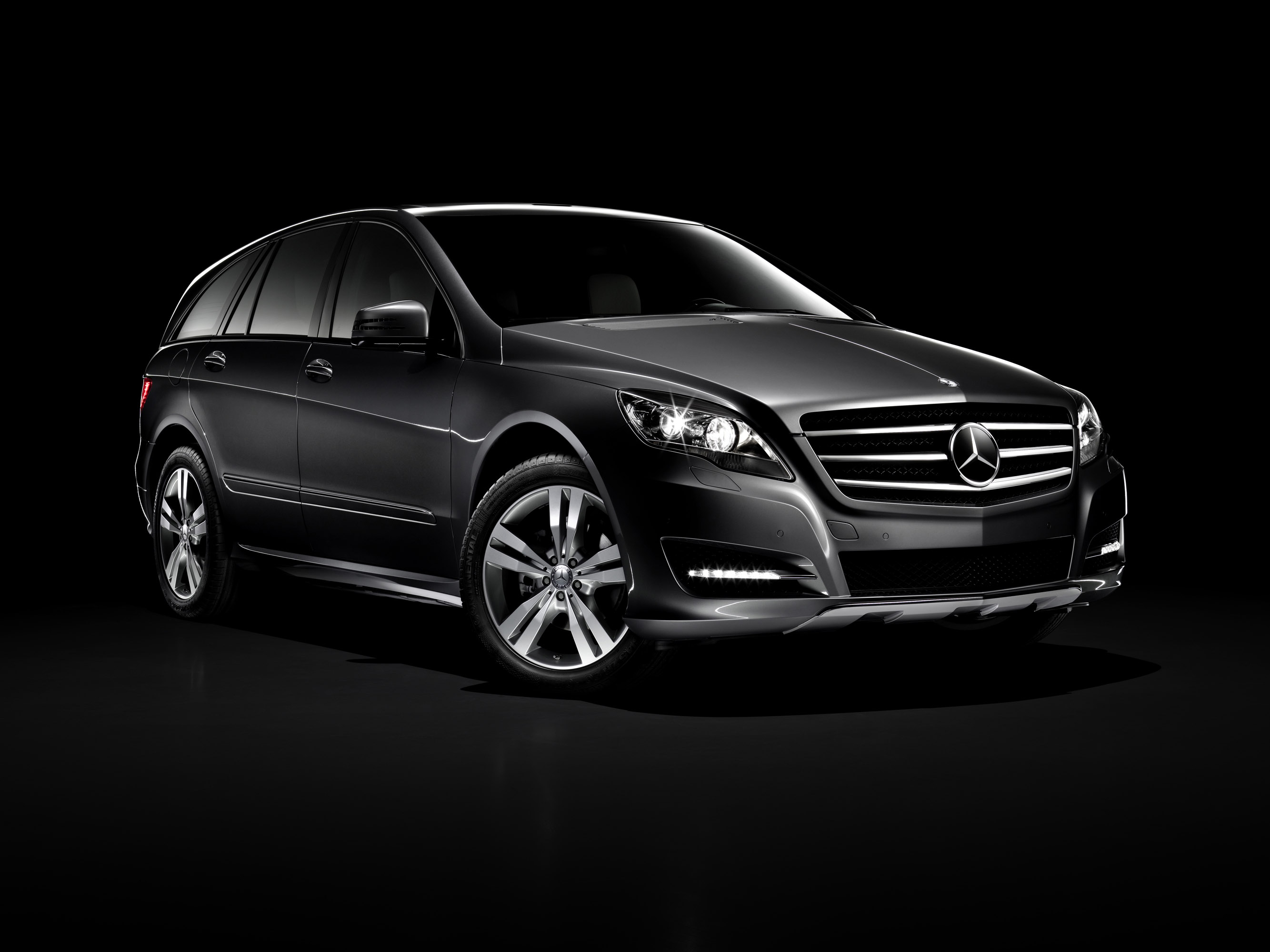 Mercedes-Benz R-Class photo #1
