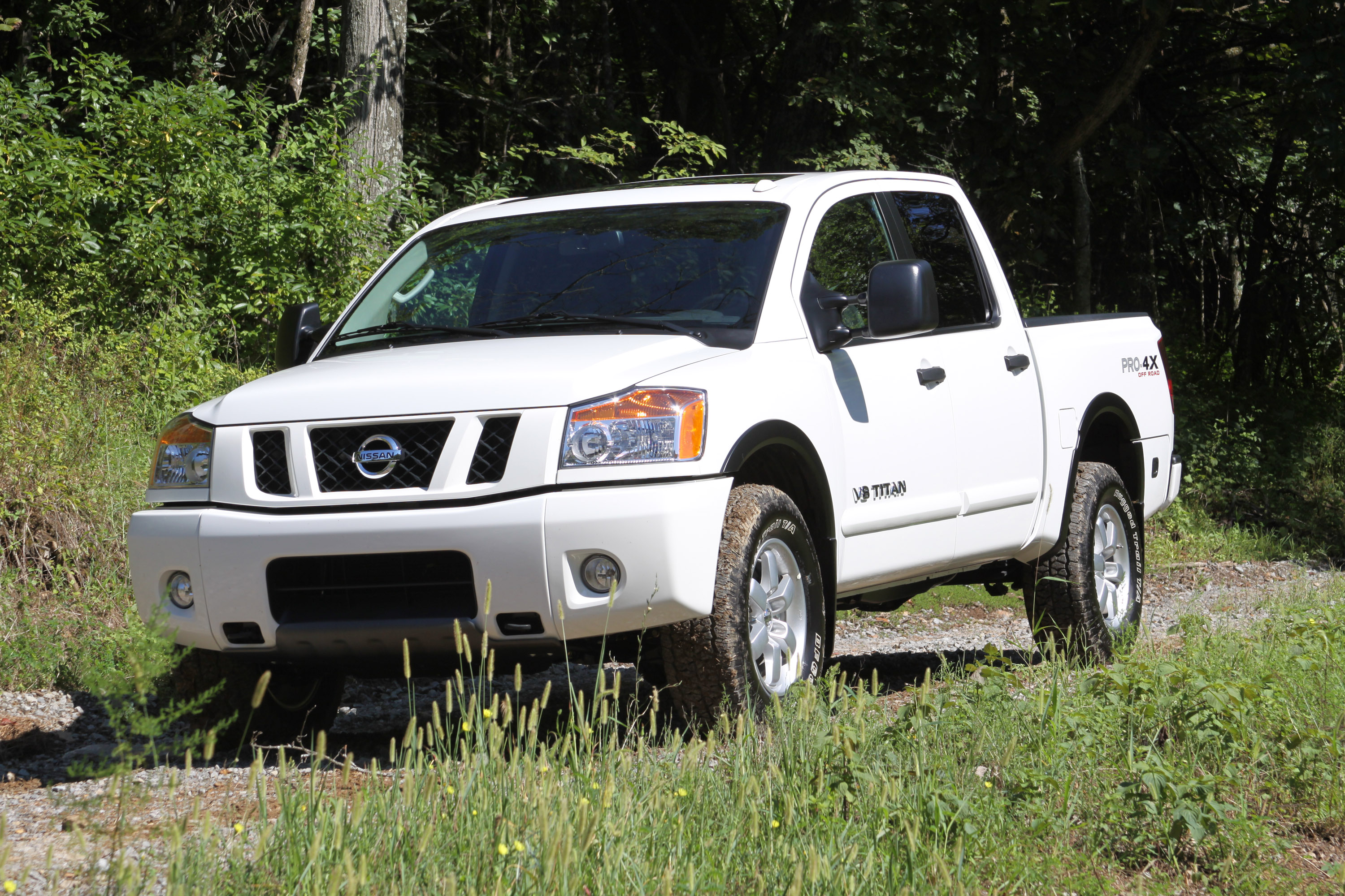 Nissan Titan photo #1