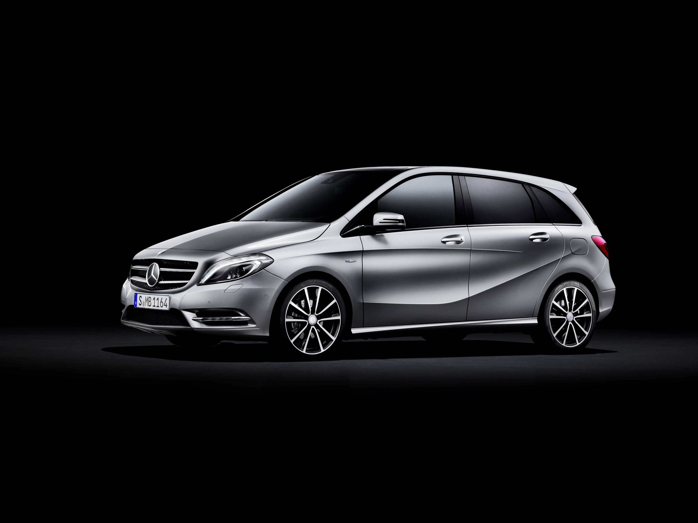 Mercedes-Benz B-Class photo #1