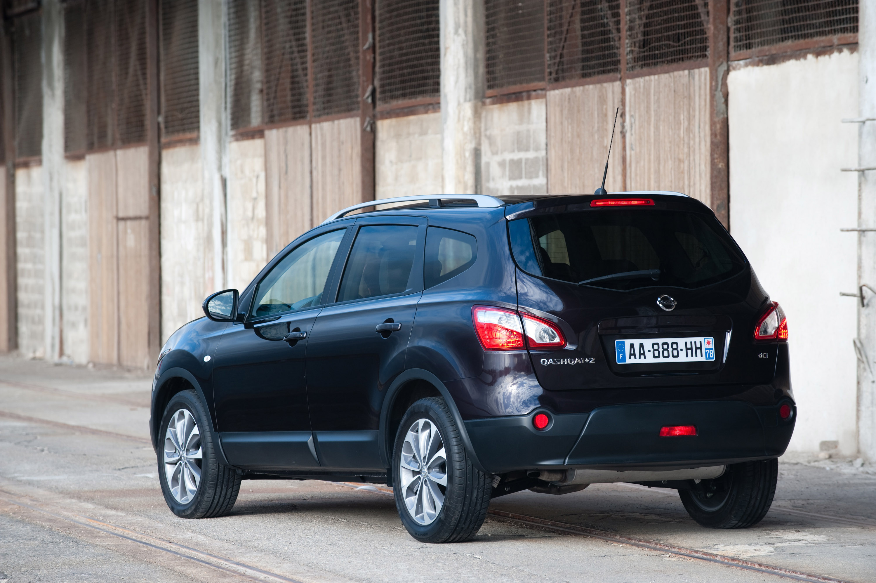 2012 nissan qashqai 2 hd pictures. Black Bedroom Furniture Sets. Home Design Ideas