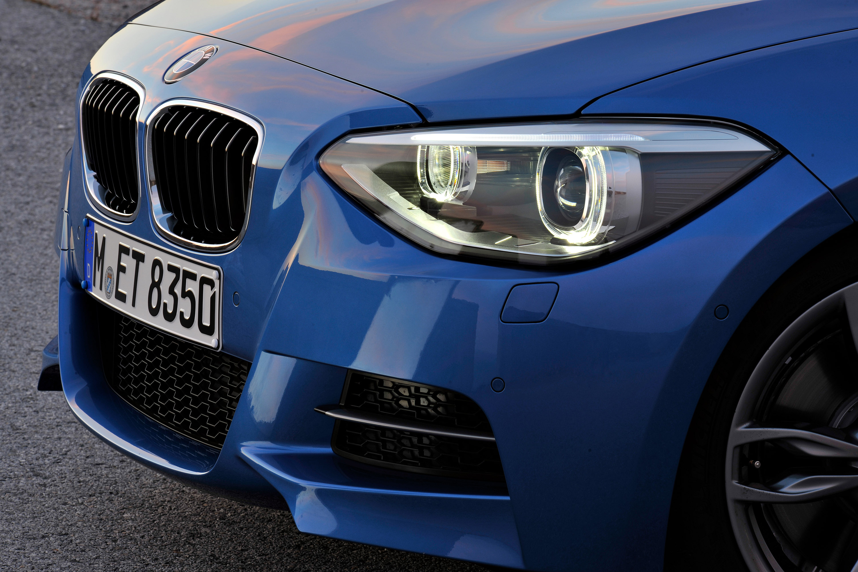 2013 BMW 1-Series 3-Door - HD Pictures @ carsinvasion.com