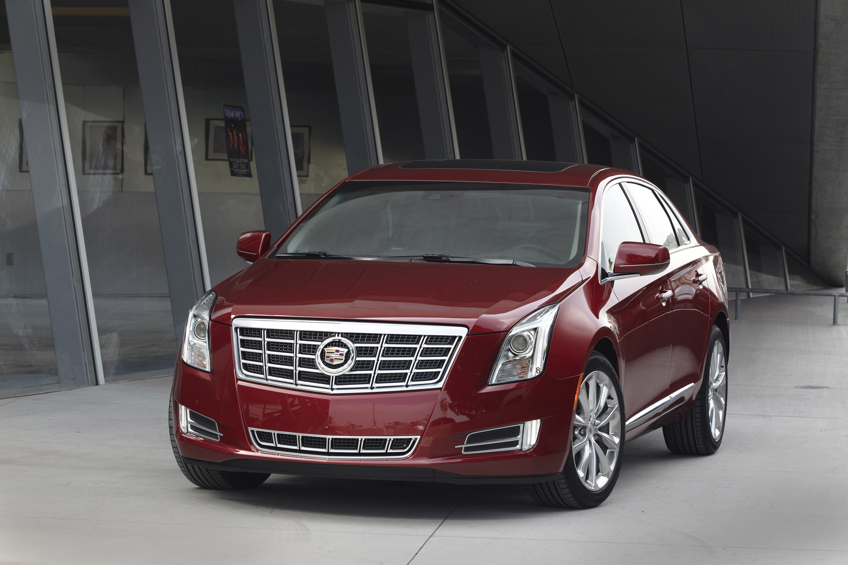 Cadillac XTS photo #1