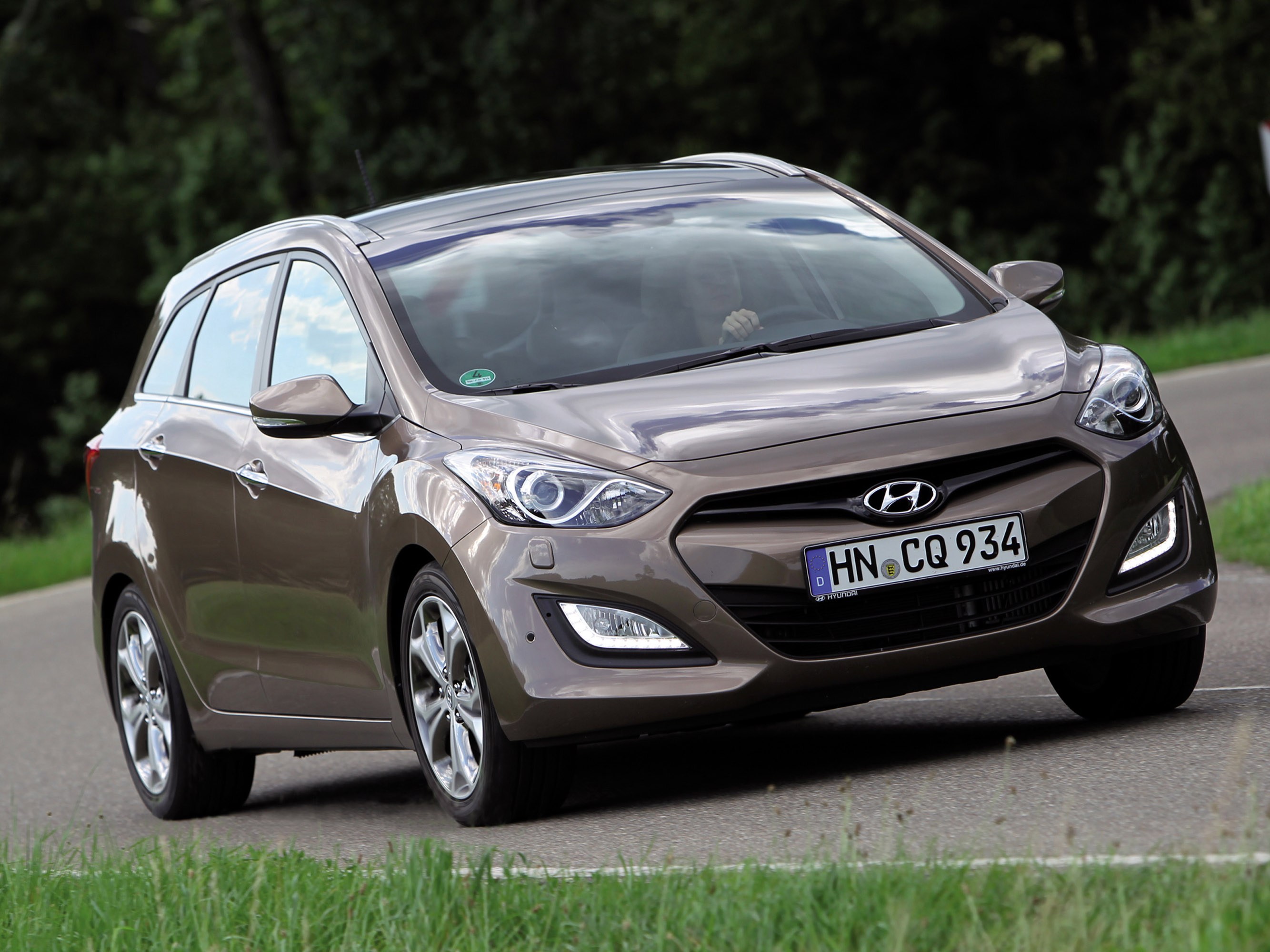 2013 hyundai i30 wagon hd pictures. Black Bedroom Furniture Sets. Home Design Ideas