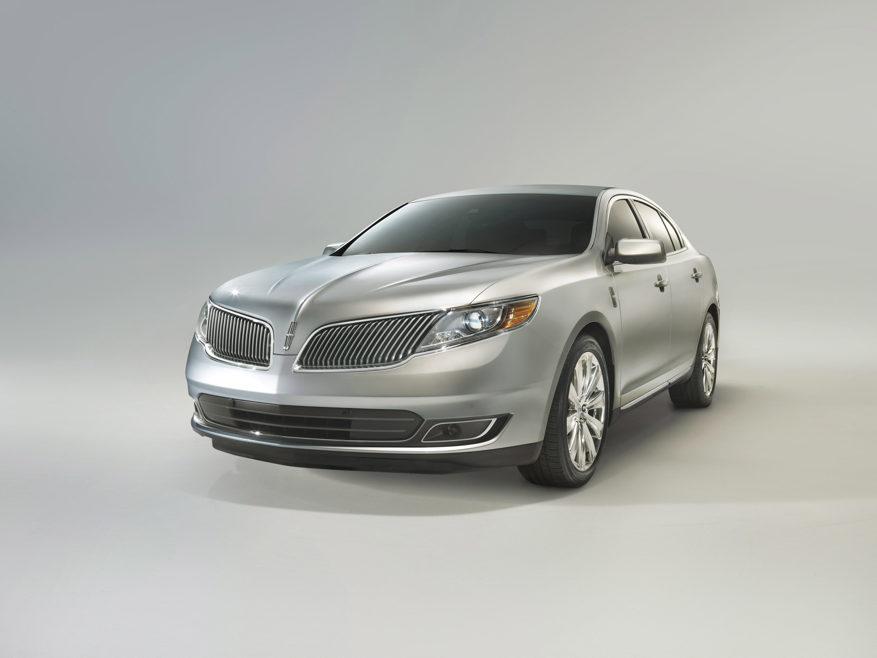 want reserve makes a fusion lincoln rear mkz mks me review hybrid