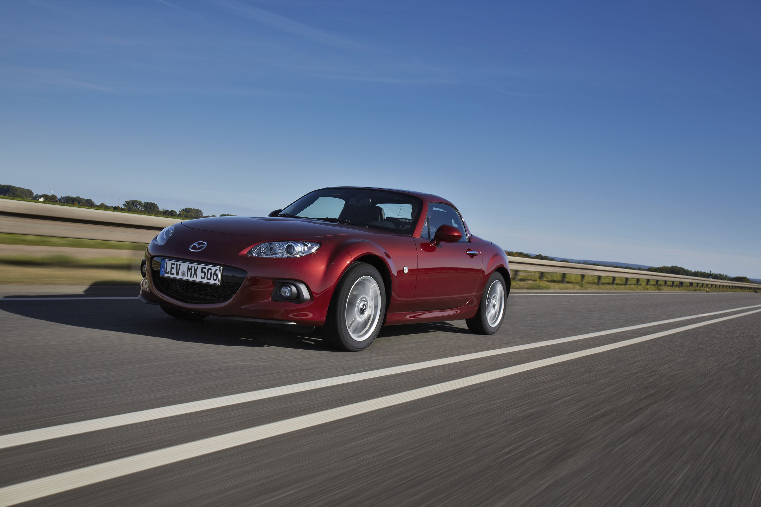 2013 mazda mx 5 roadster coupe hd pictures. Black Bedroom Furniture Sets. Home Design Ideas