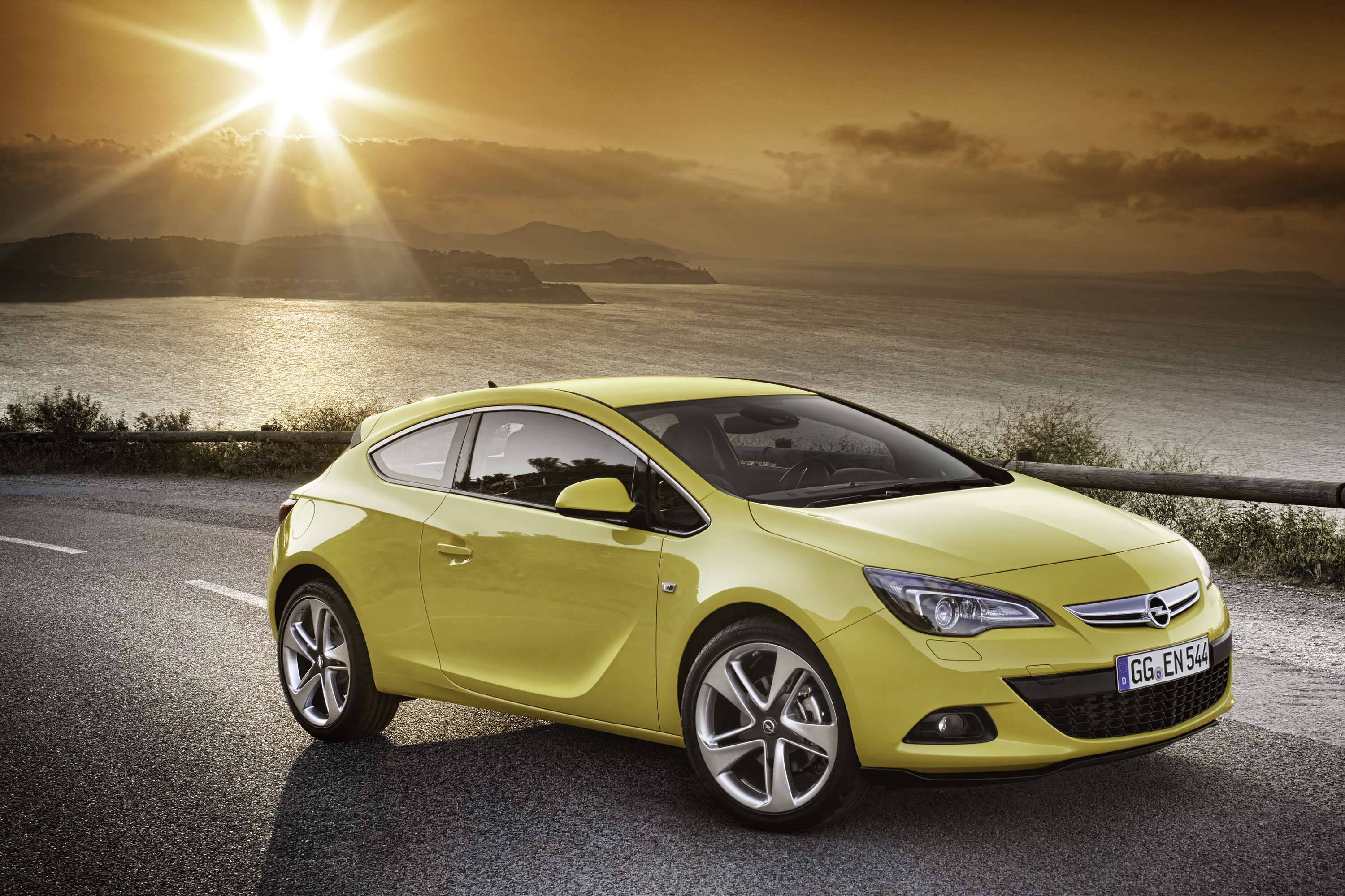 2013 opel astra gtc hd pictures. Black Bedroom Furniture Sets. Home Design Ideas