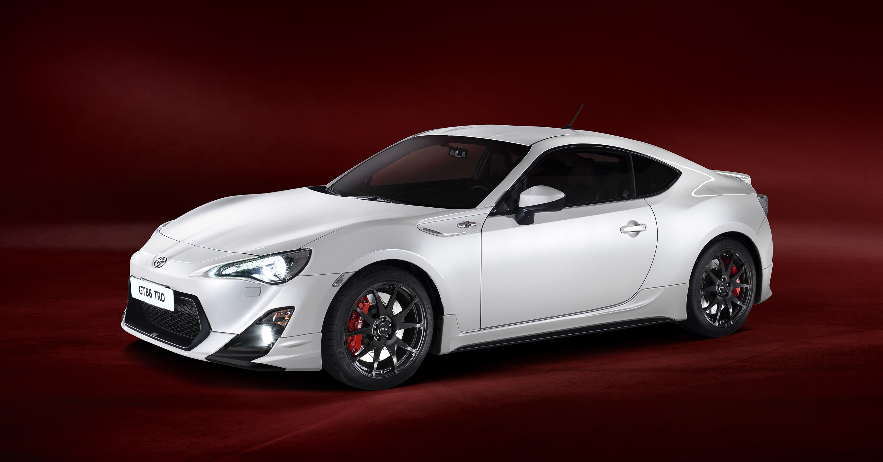 2013 Toyota Gt86 Hd Pictures Carsinvasion Com