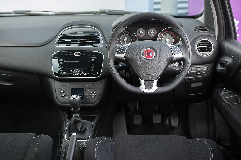 2014 Fiat Punto Jet Black 2 Hd Pictures Carsinvasion Com