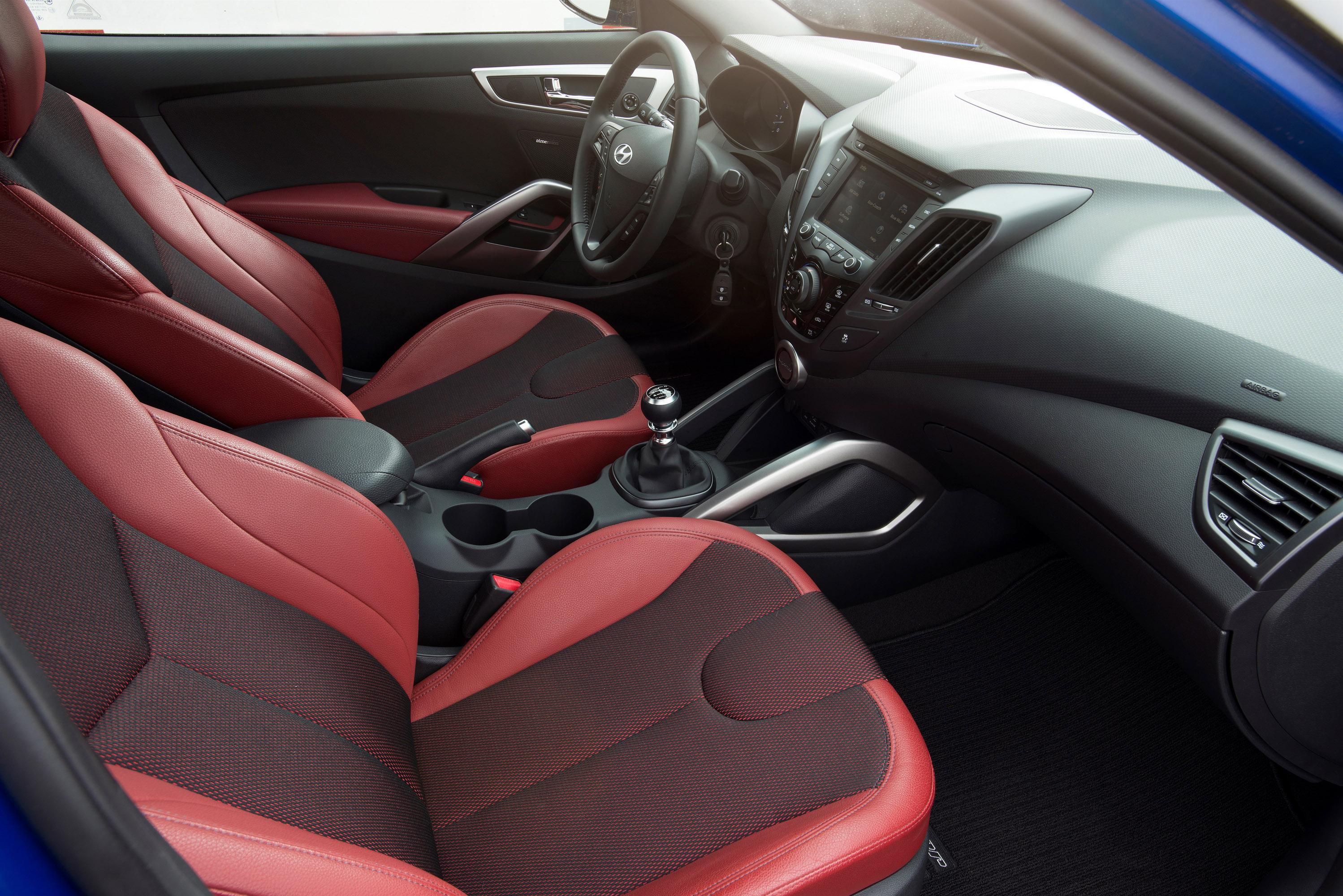 Hyundai Veloster Turbo R-Spec photo #30
