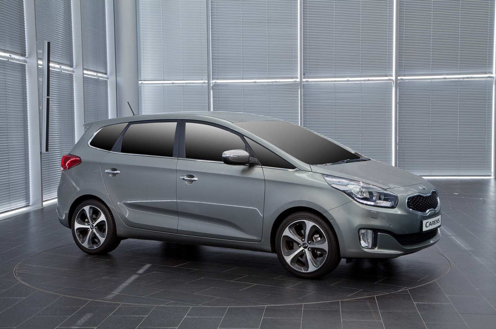 2014 Kia Carens/Rondo - HD Pictures @ carsinvasion.com