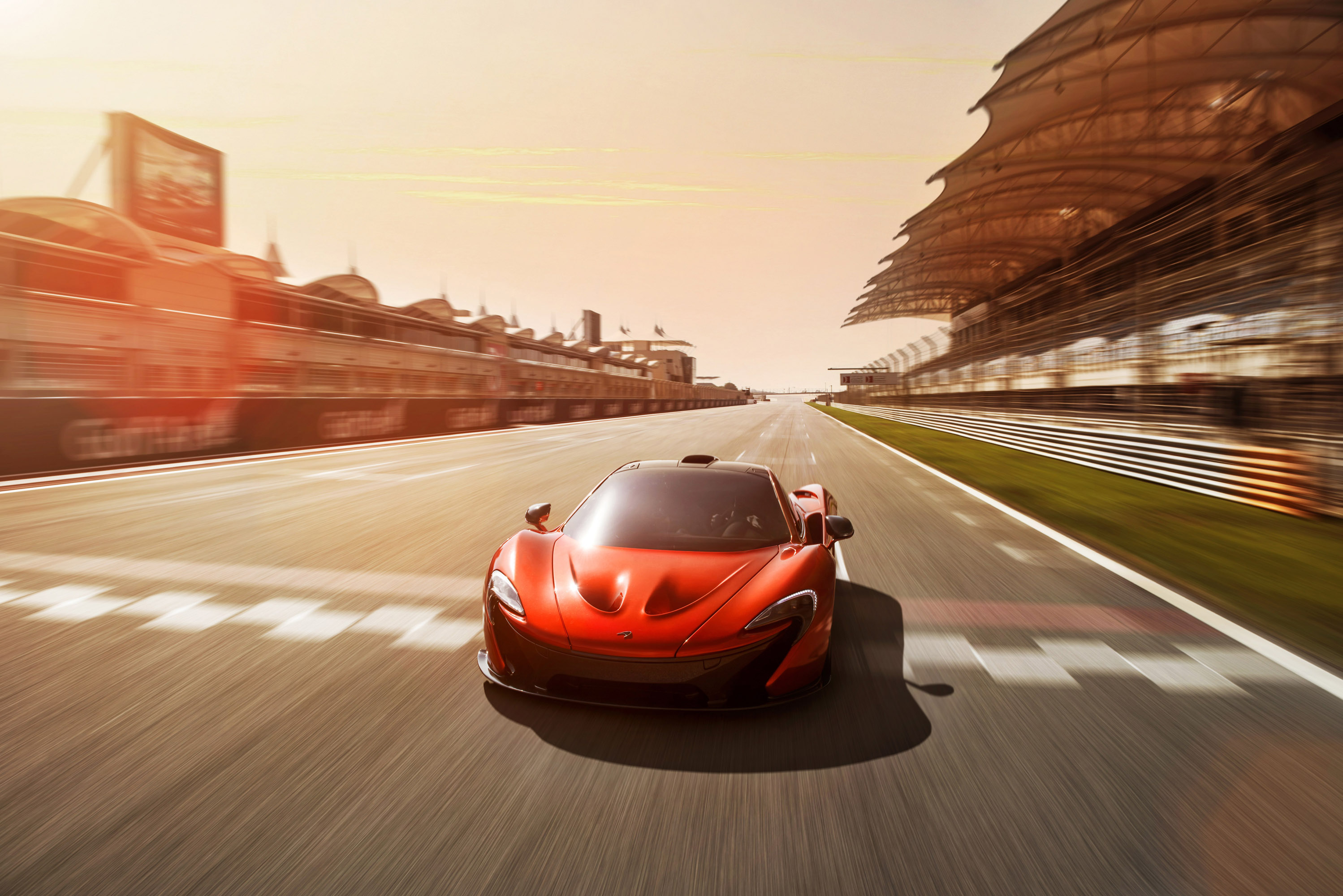 McLaren P1 photo #1