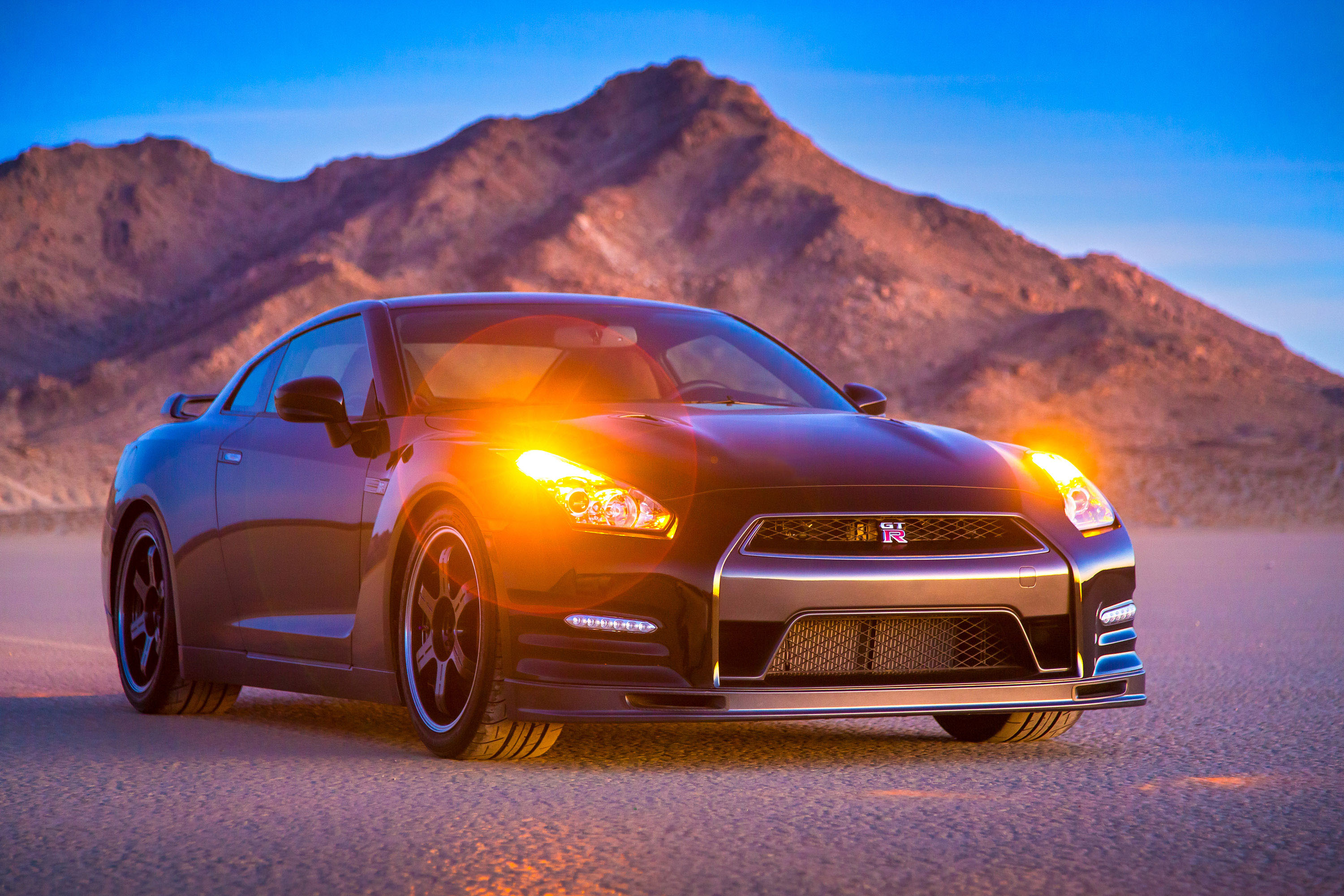 2014 Nissan Gt R Hd Pictures Thumbnail Photo 27412
