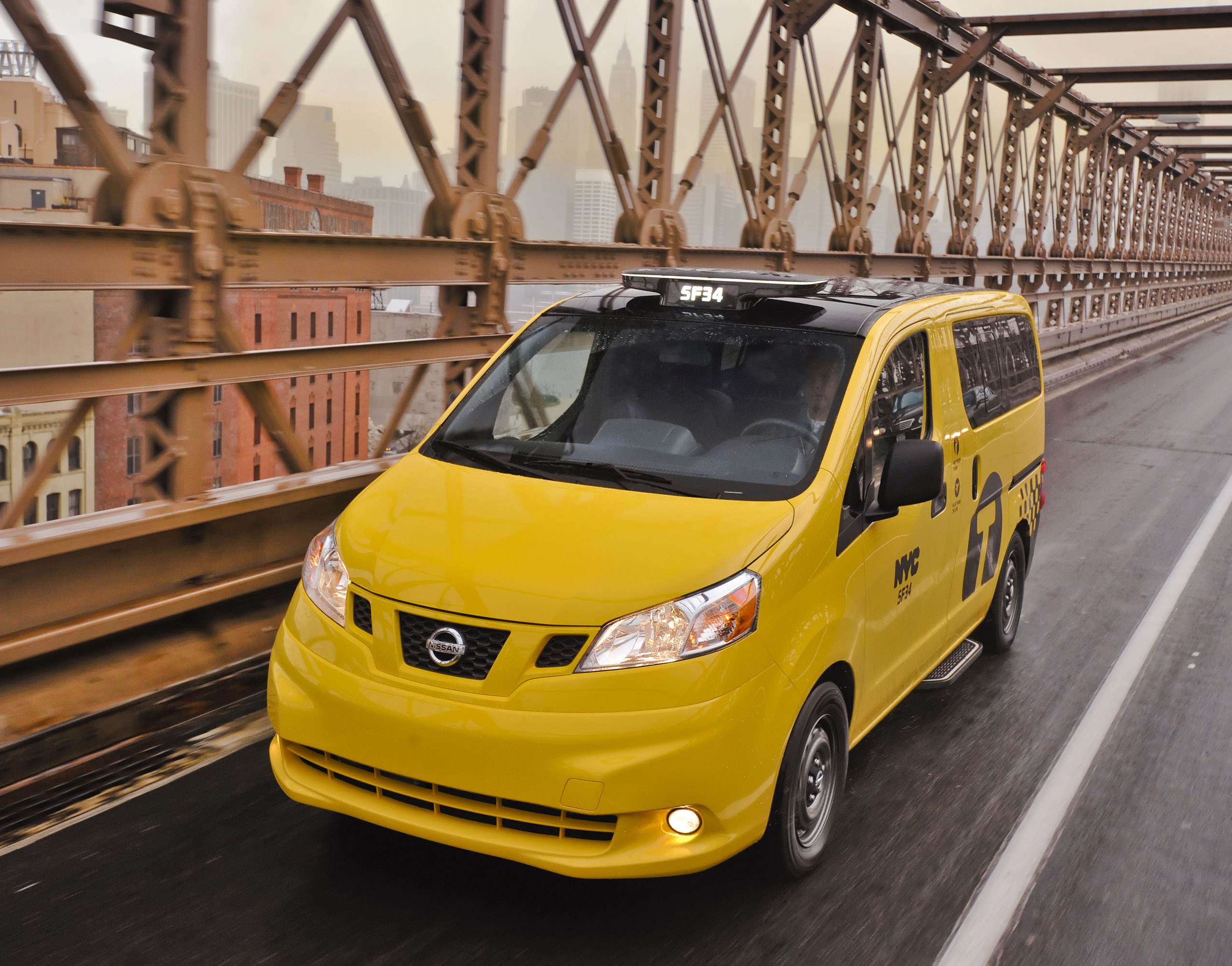 Nissan NV200 Taxi photo #1
