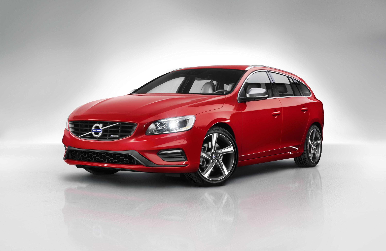 Volvo V60 R-Design photo #1