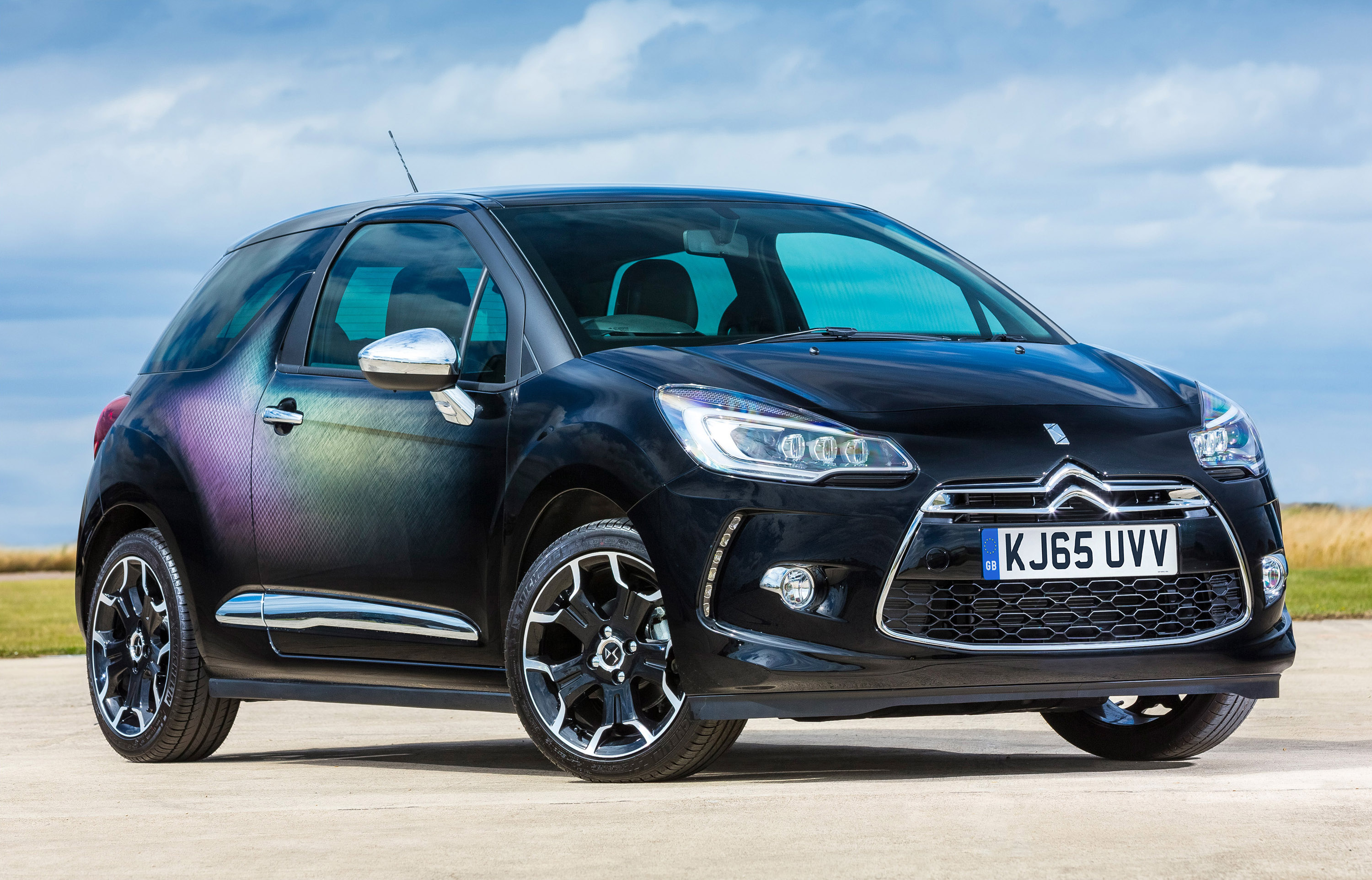 Citroen DS3 Dark Light photo #1