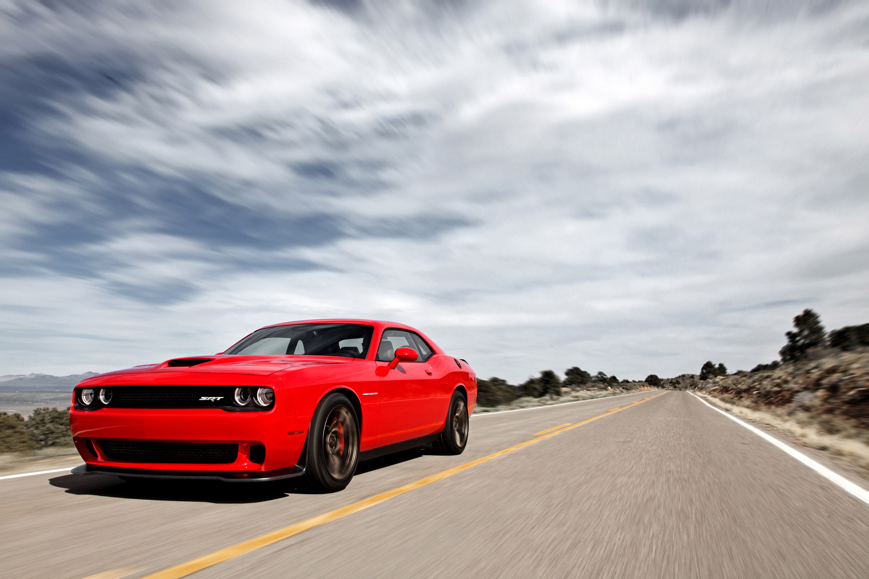Dodge Challenger SRT Hellcat photo #2