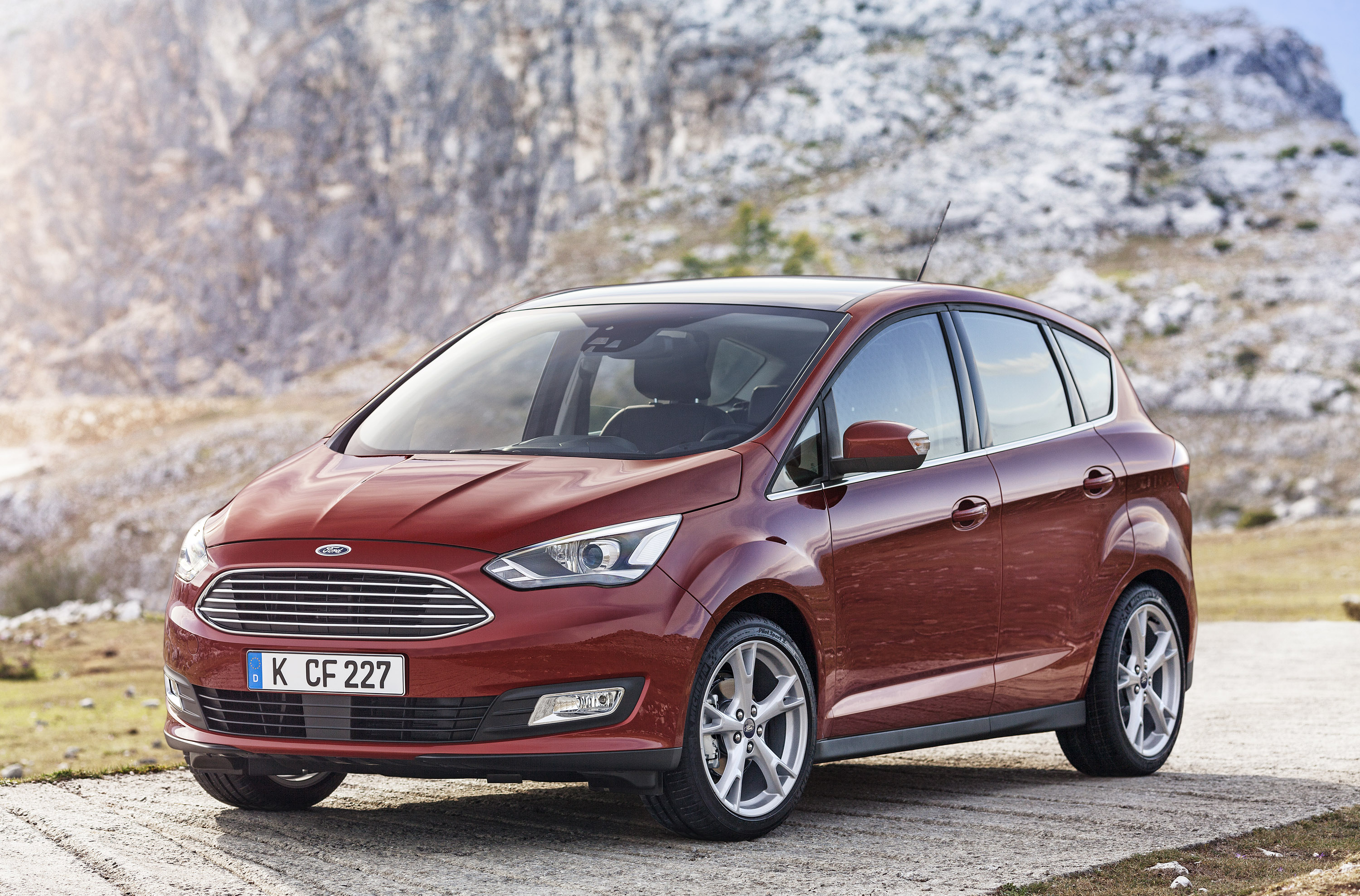 Ford C-MAX photo #1