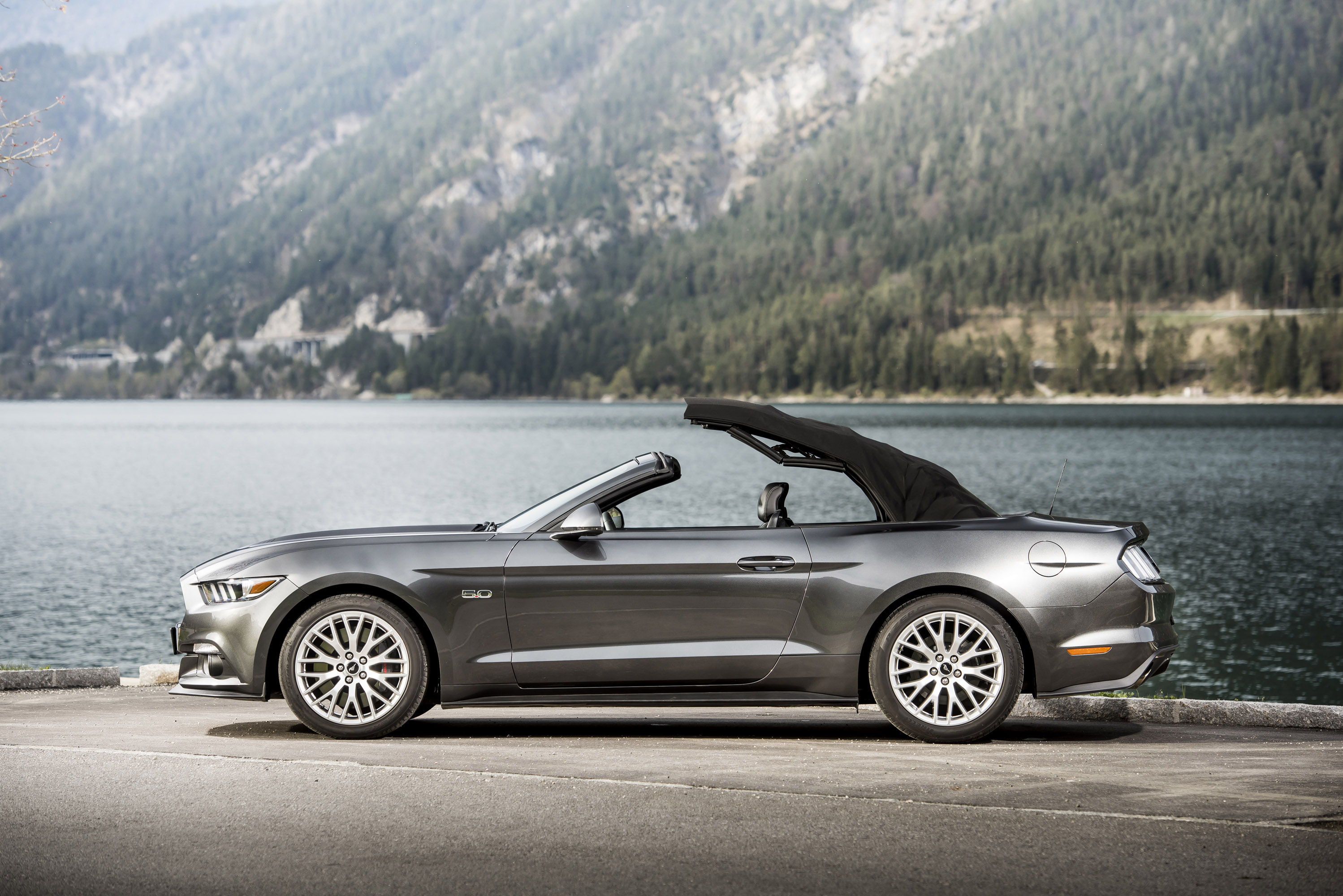 ford mustang convertible eu version hd pictures