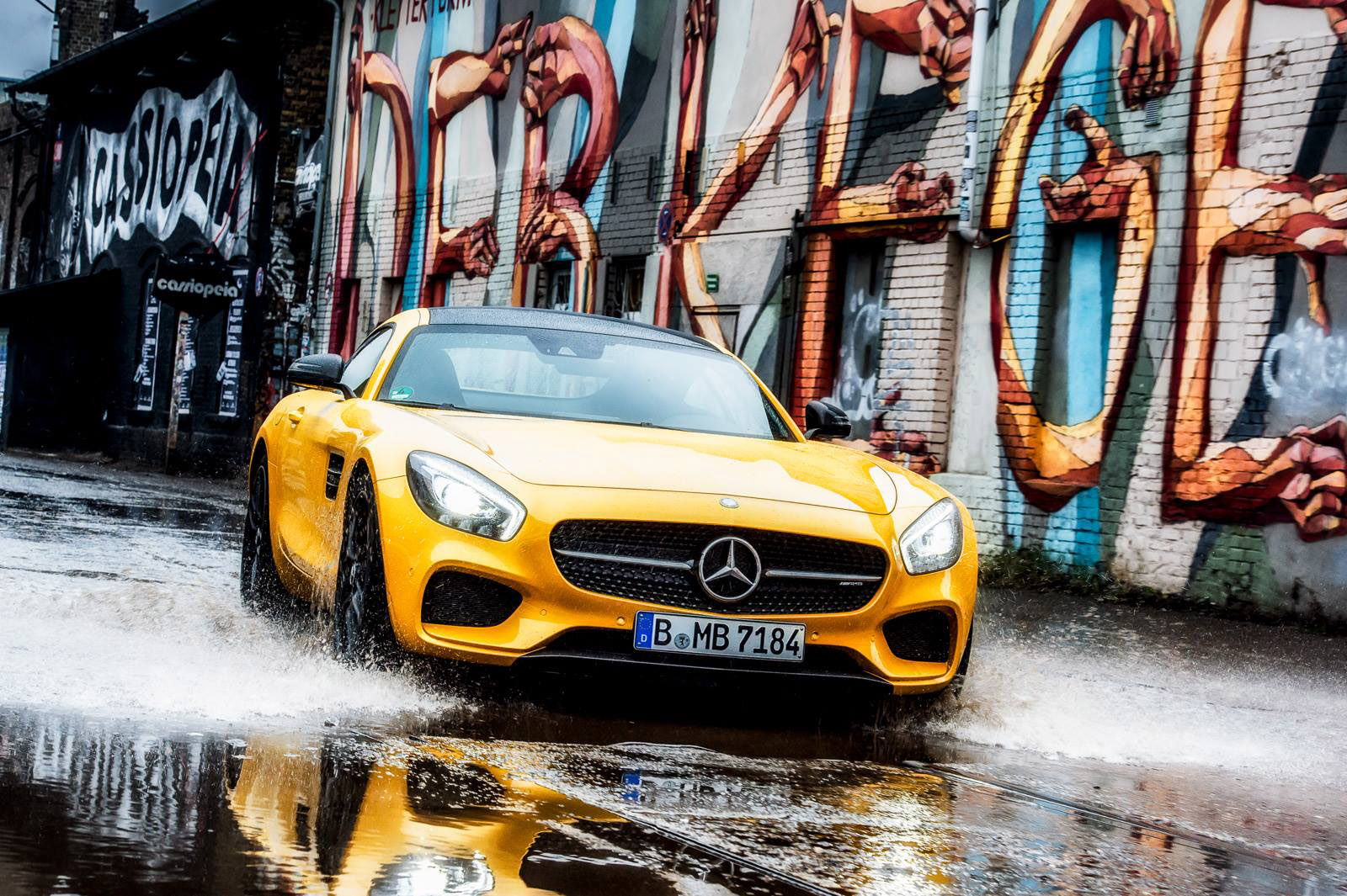 2015 mercedes benz amg gt s berlin hd pictures. Black Bedroom Furniture Sets. Home Design Ideas